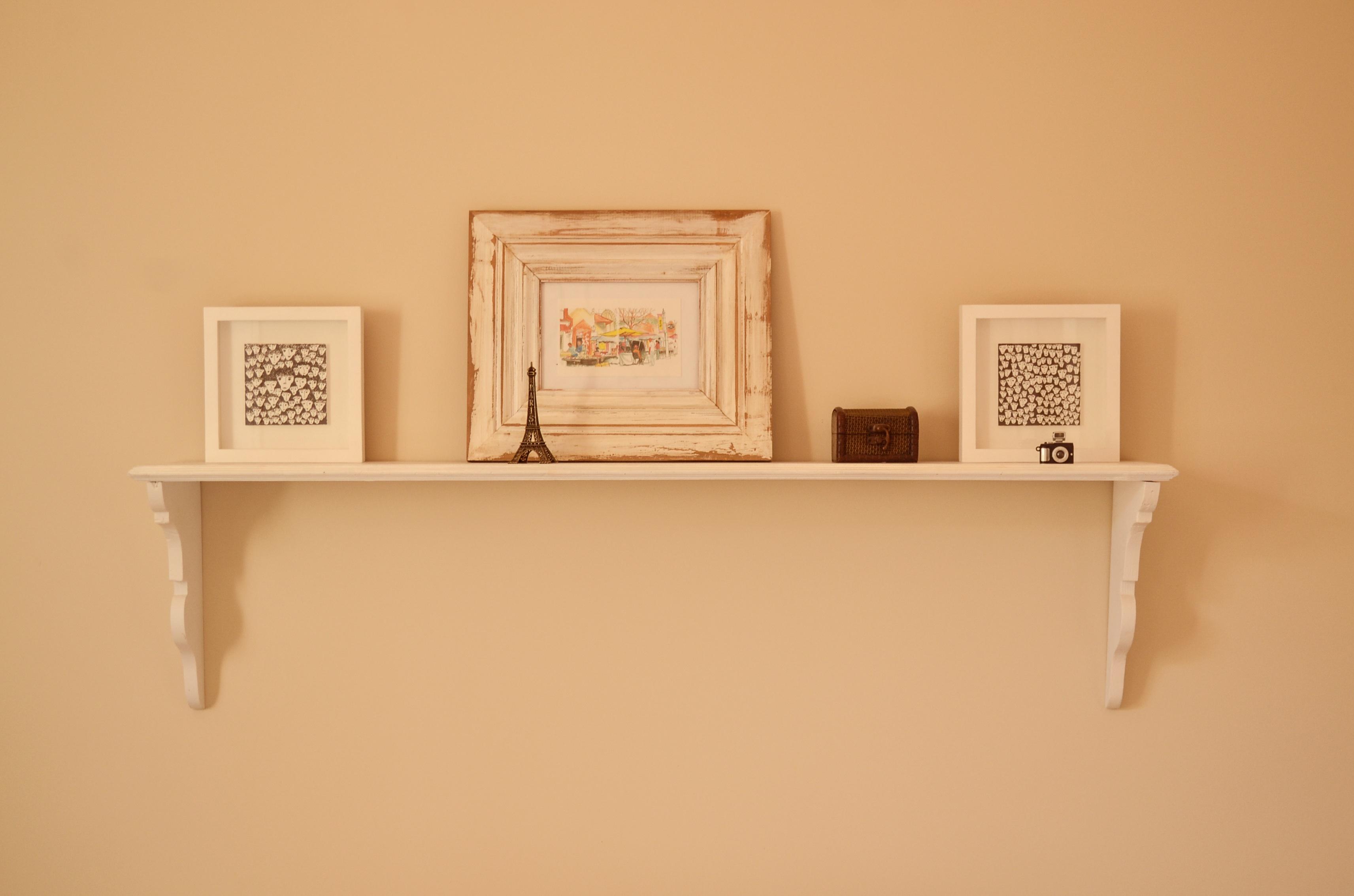 Fotos gratis : madera, pared, estante, mueble, habitación, marco ...