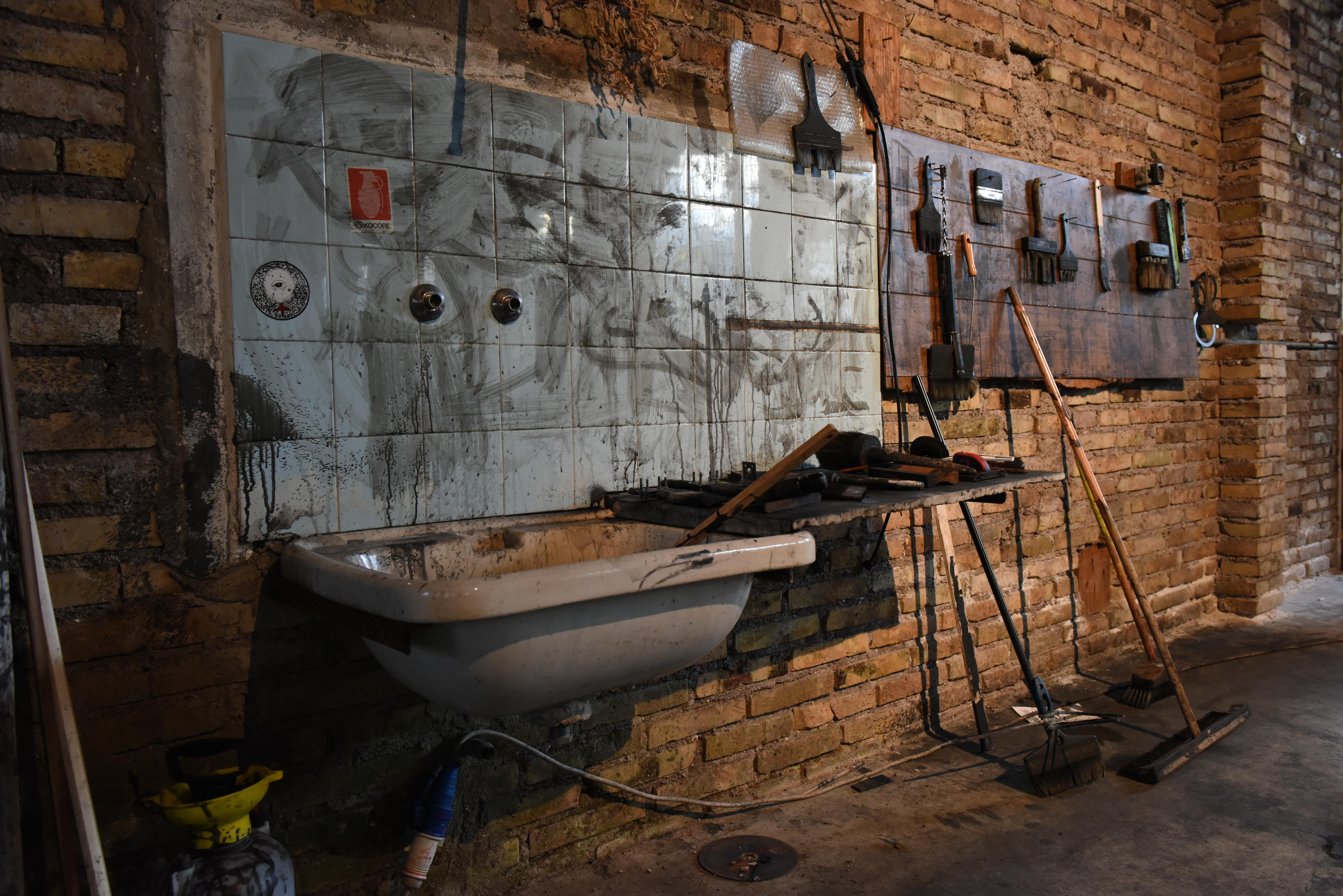 Kostenlose Foto Holz Mauer Werkstatt Fahrzeug Fabrik Kunst