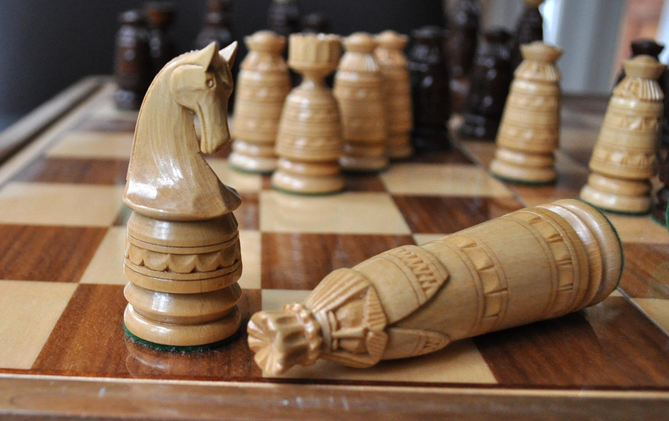 картинки ход конем шахматы тортика