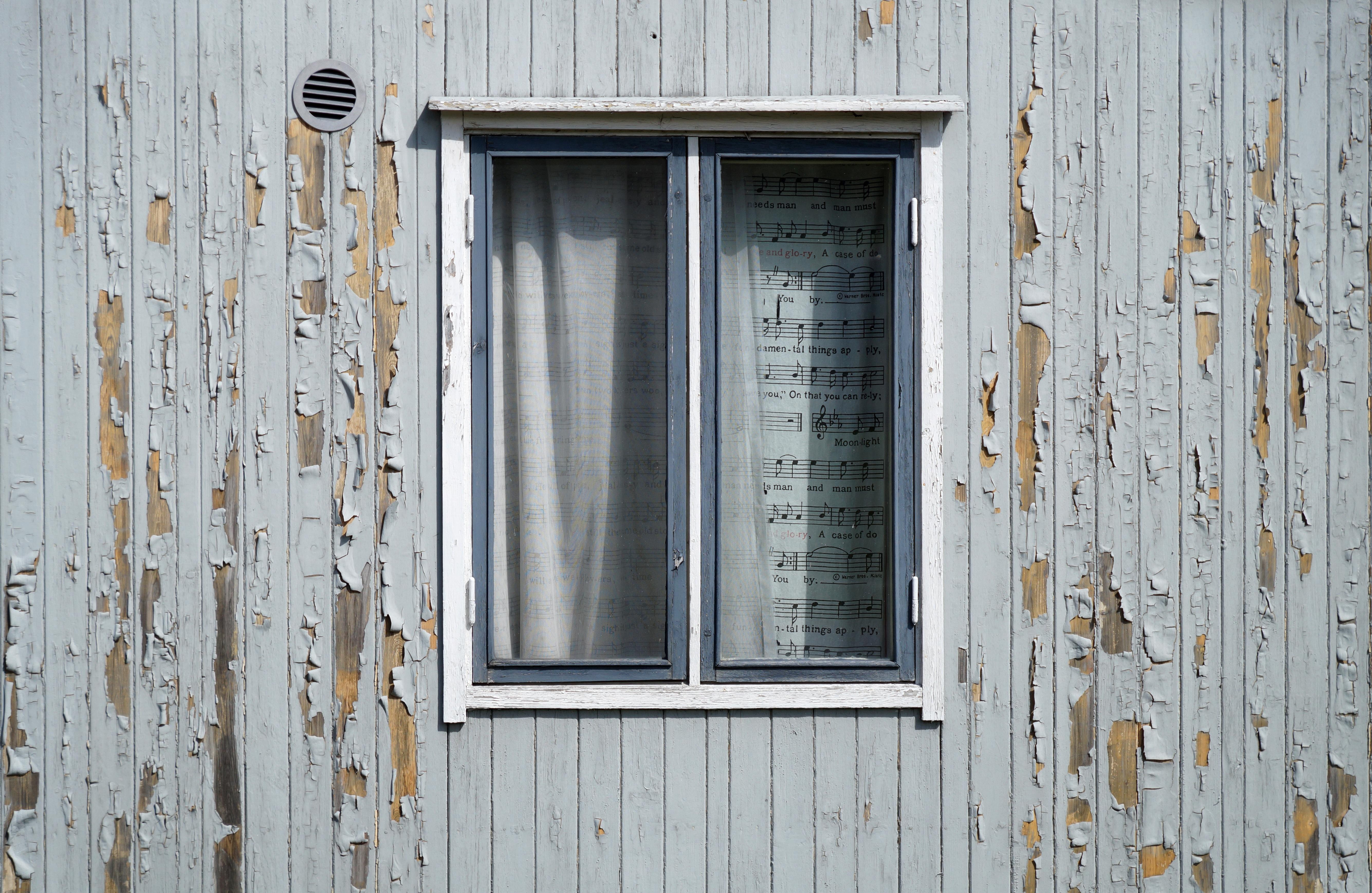 Fotos gratis : madera, blanco, pared, reparar, marco, pintar ...