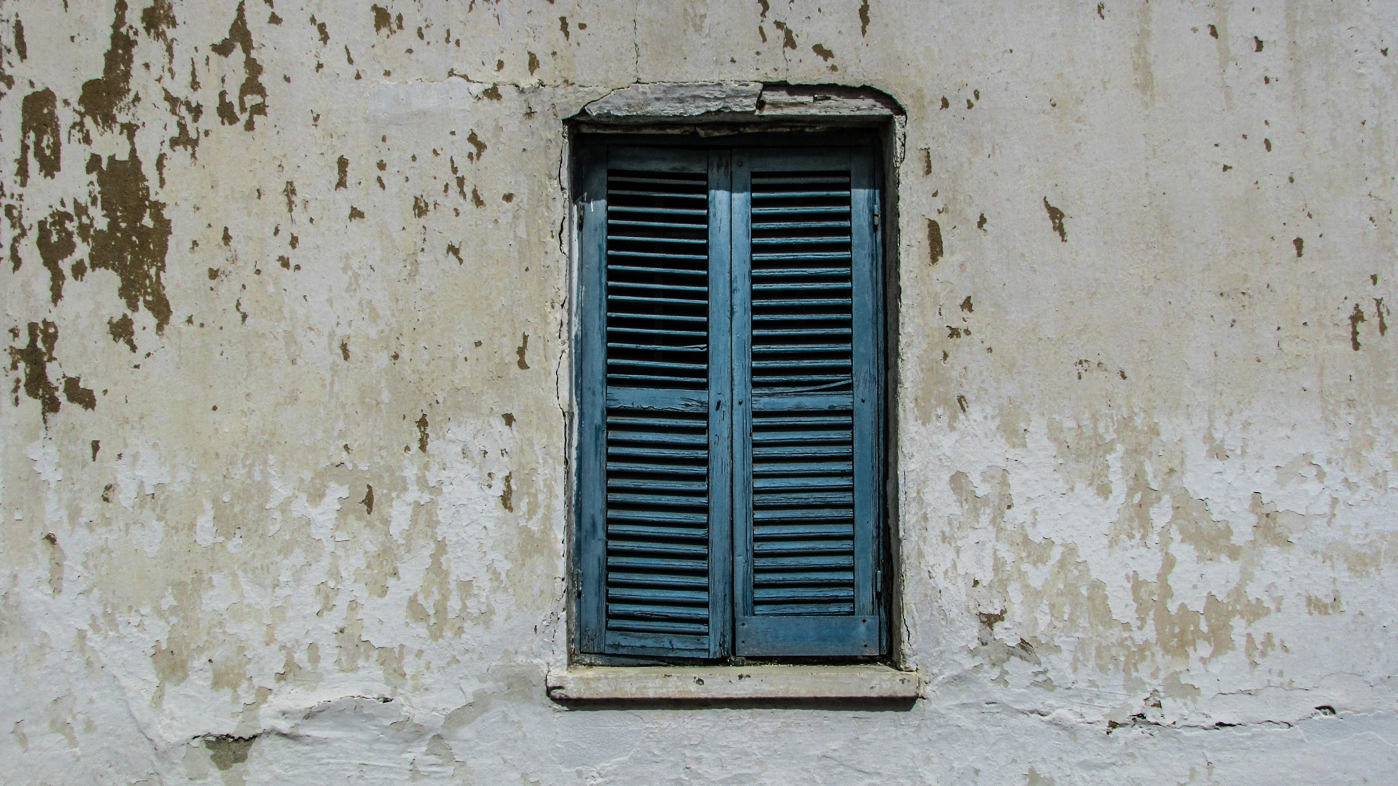 Couleur Façade Maison Ancienne images gratuites : blanc, mur, couleur, façade, bleu, noir