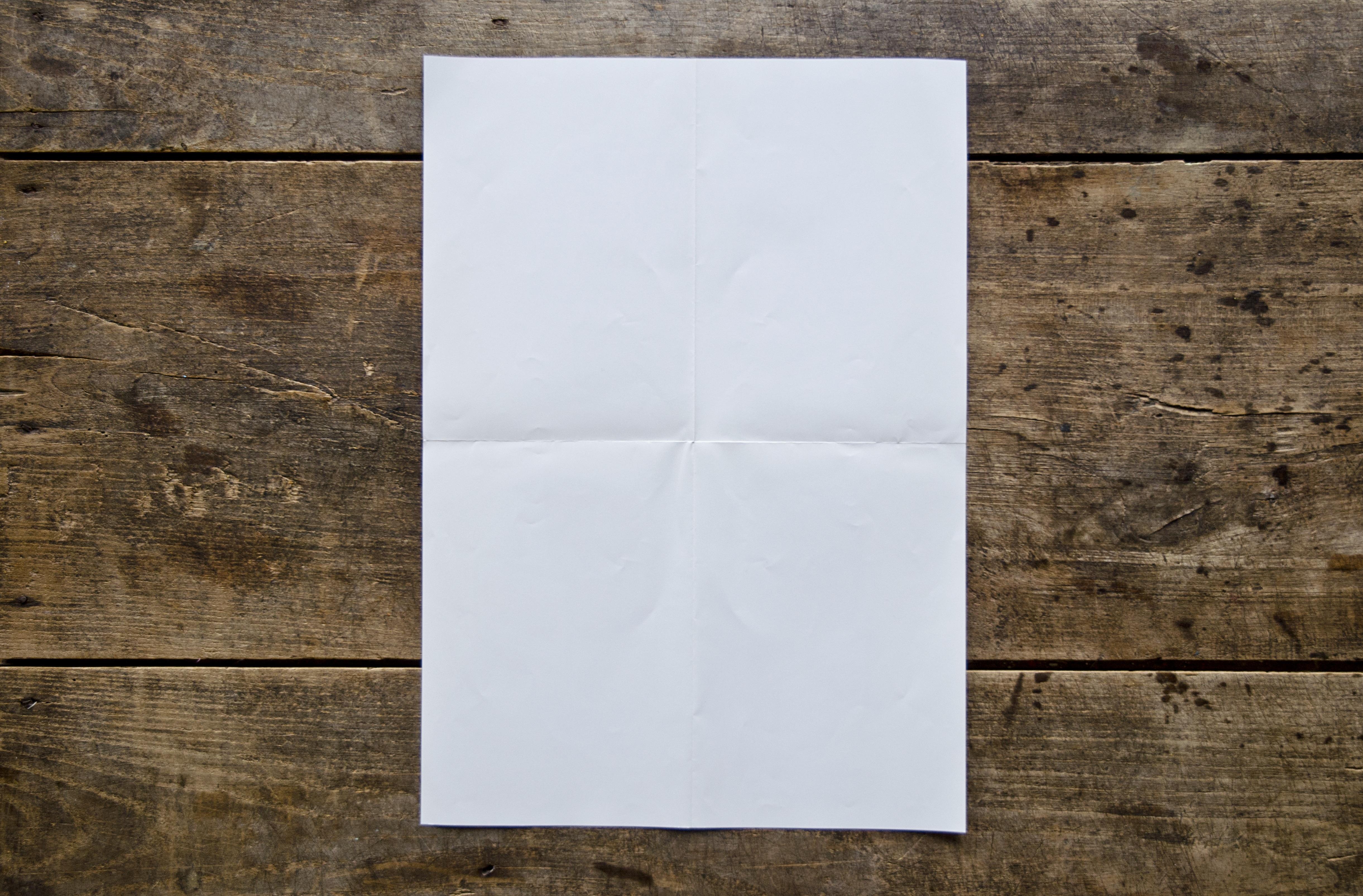 Картинки листа бумаги на столе