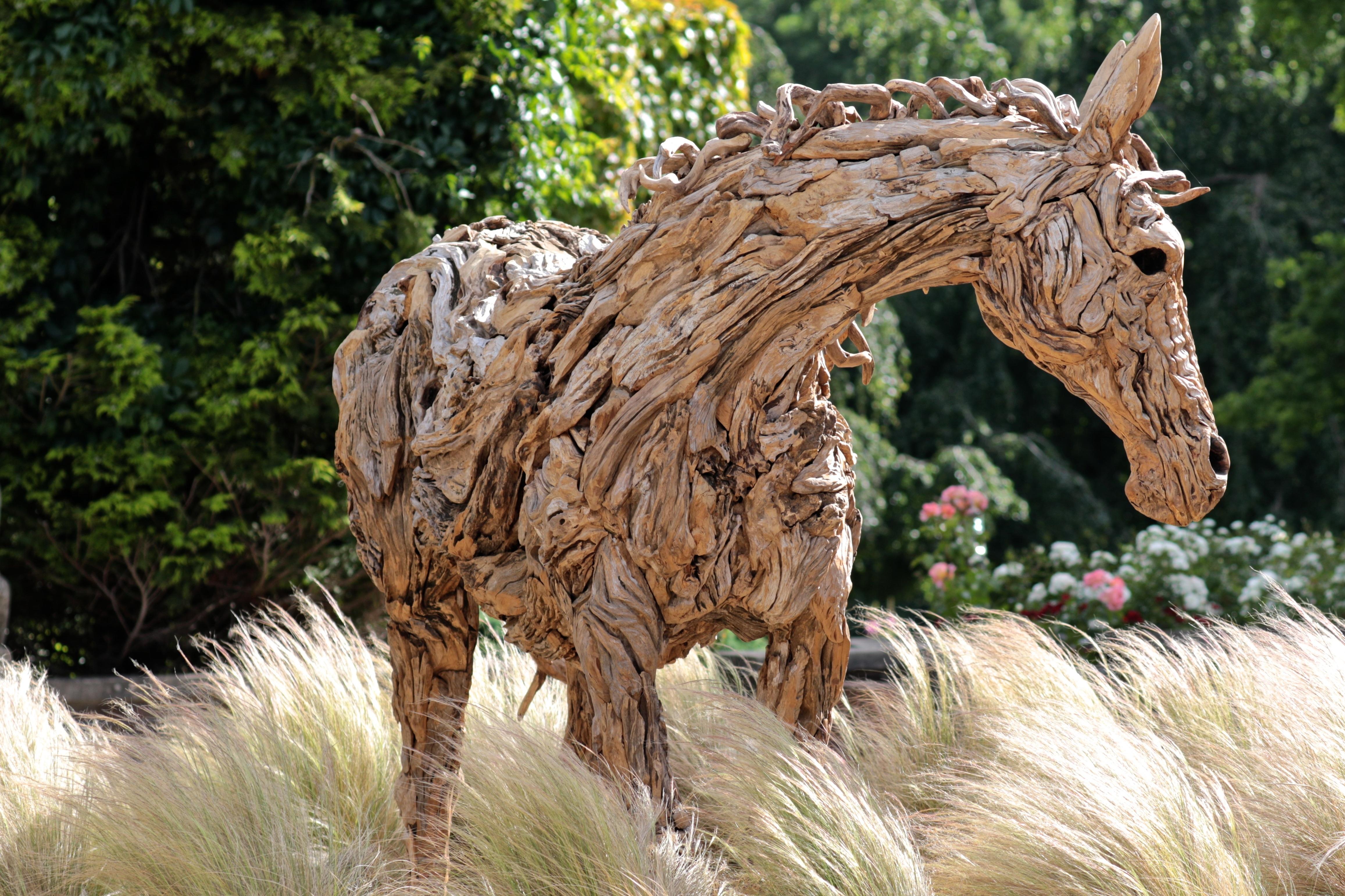 Kostenlose foto : Holz, Tierwelt, Statue, Hengst, Mähne, Fauna ...
