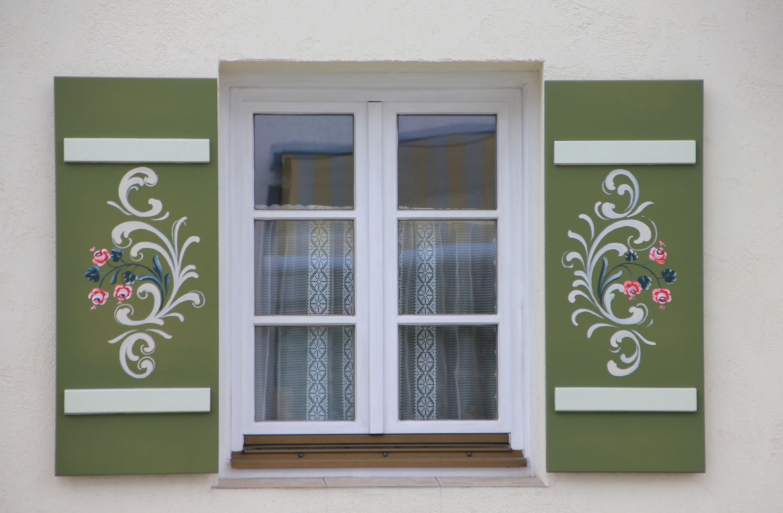 Kostenlose foto : Holz, Fenster, Glas, Gebäude, Zuhause, Mauer, Grün ...