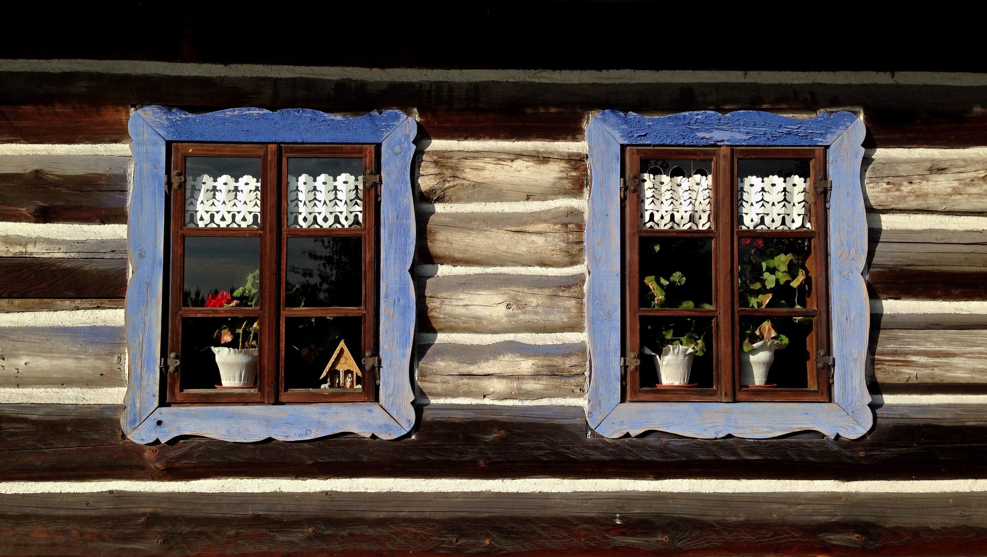 https://get.pxhere.com/photo/wood-window-glass-cottage-color-blue-lighting-art-poland-picture-frame-the-window-open-air-museum-malopolska-wygie-z-w-silesian-voivodeship-852650.jpg