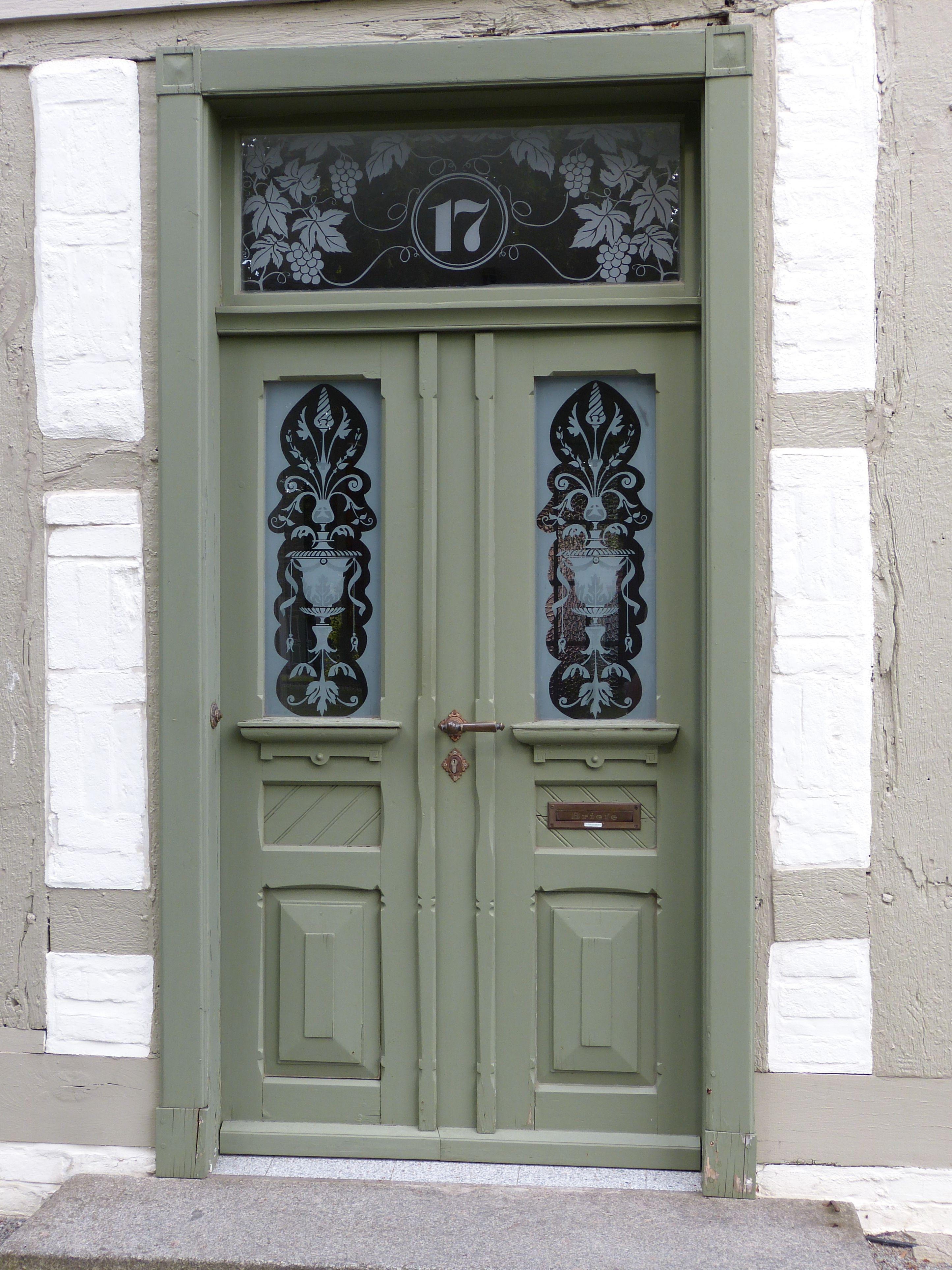 Vieux Portail En Bois images gratuites : bois, fenêtre, verre, vieux, façade