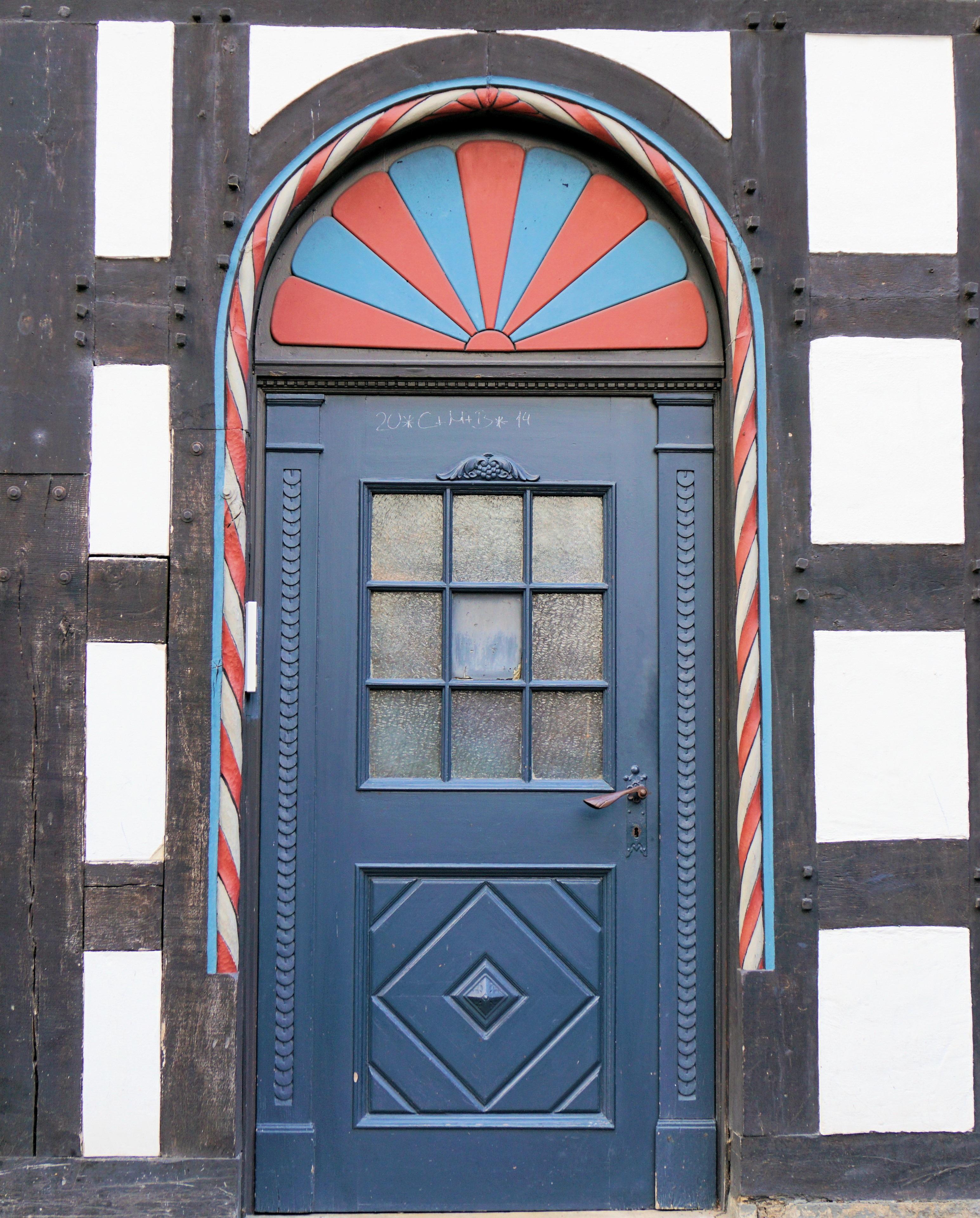 bois fentre vieux maison rouge couleur faade bleu porte porte porte d entre contribution entre - Couleur Porte D Entree