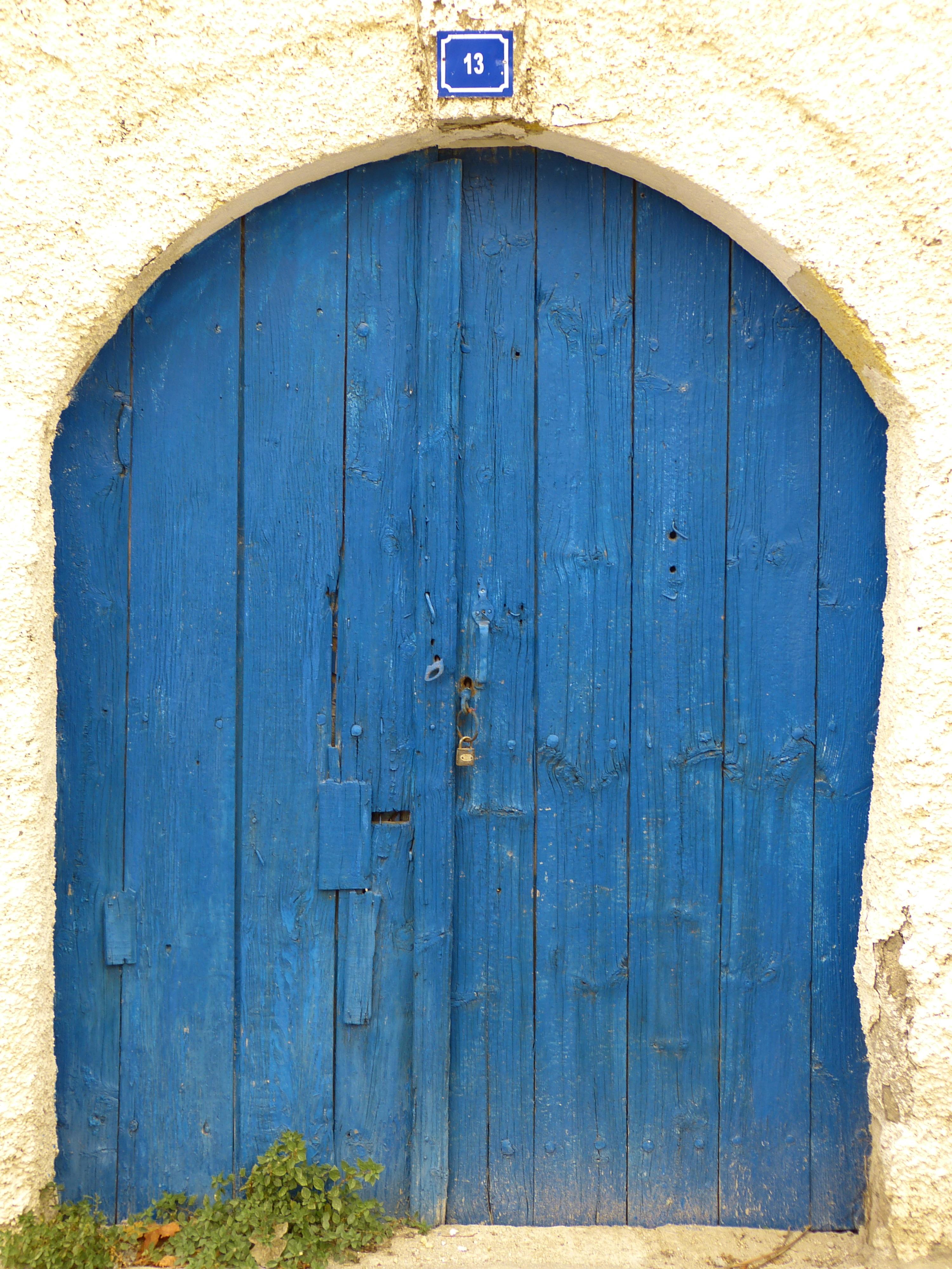 Fotos gratis madera ventana antiguo pared cobertizo for Puertas en forma de arco