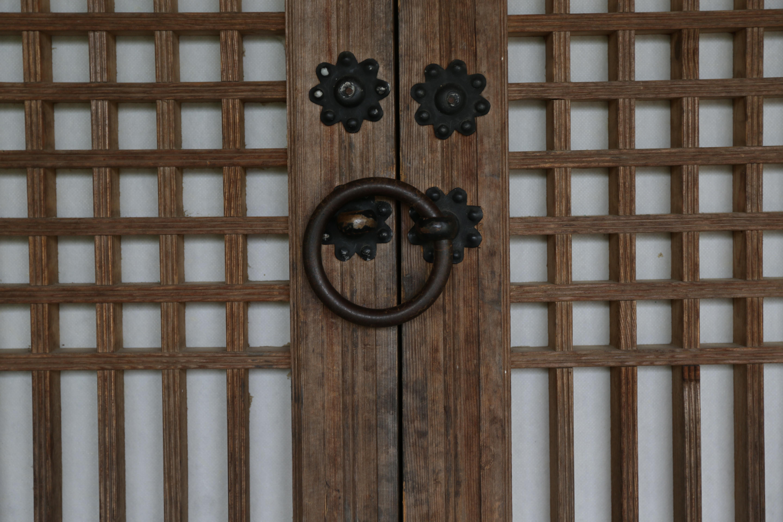 Fotos gratis : madera, pared, portón, puerta, Luna, diseño de ...