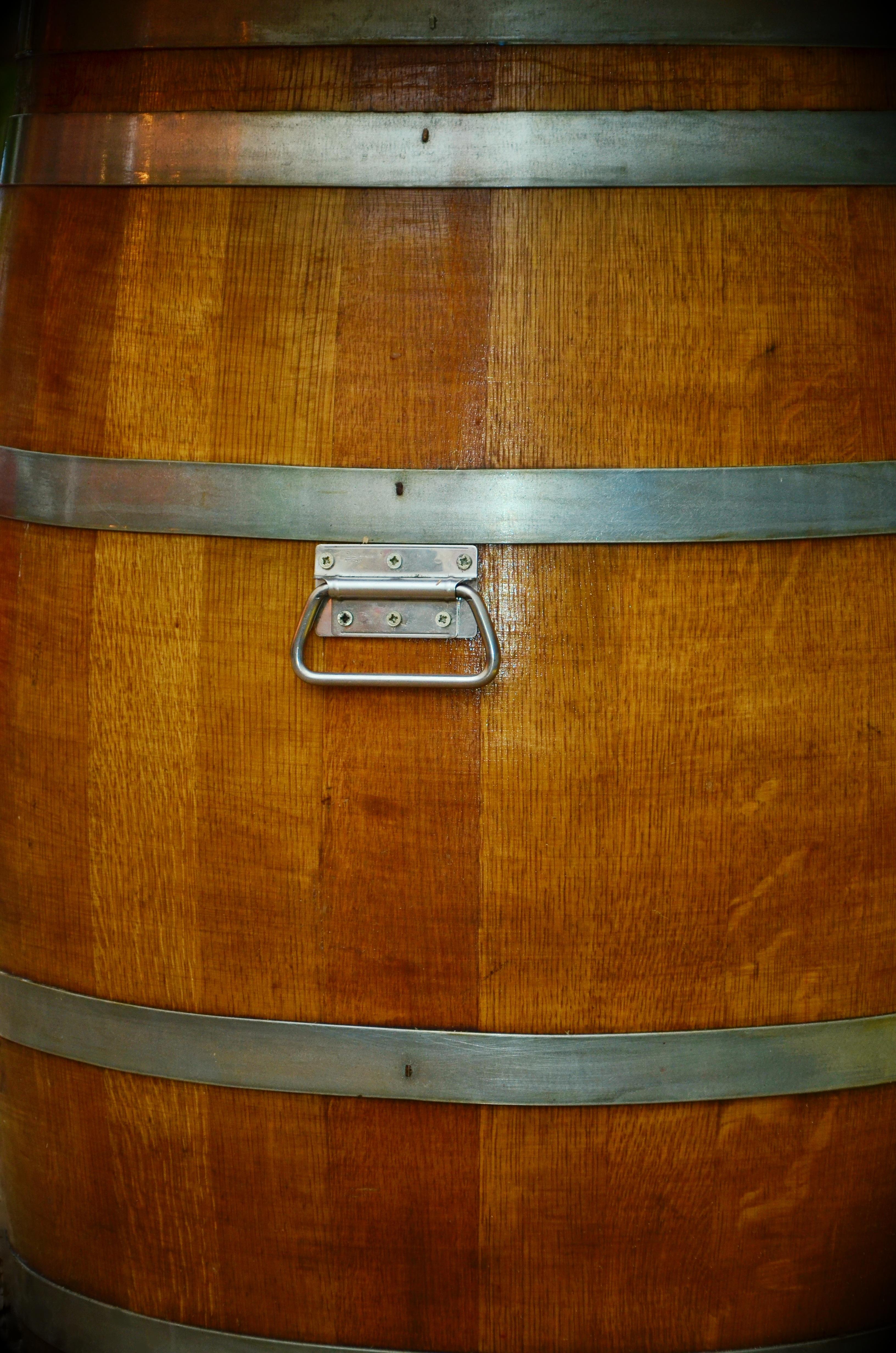 Meuble En Tonneau De Vin images gratuites : du vin, guitare, décoration, menu, marron