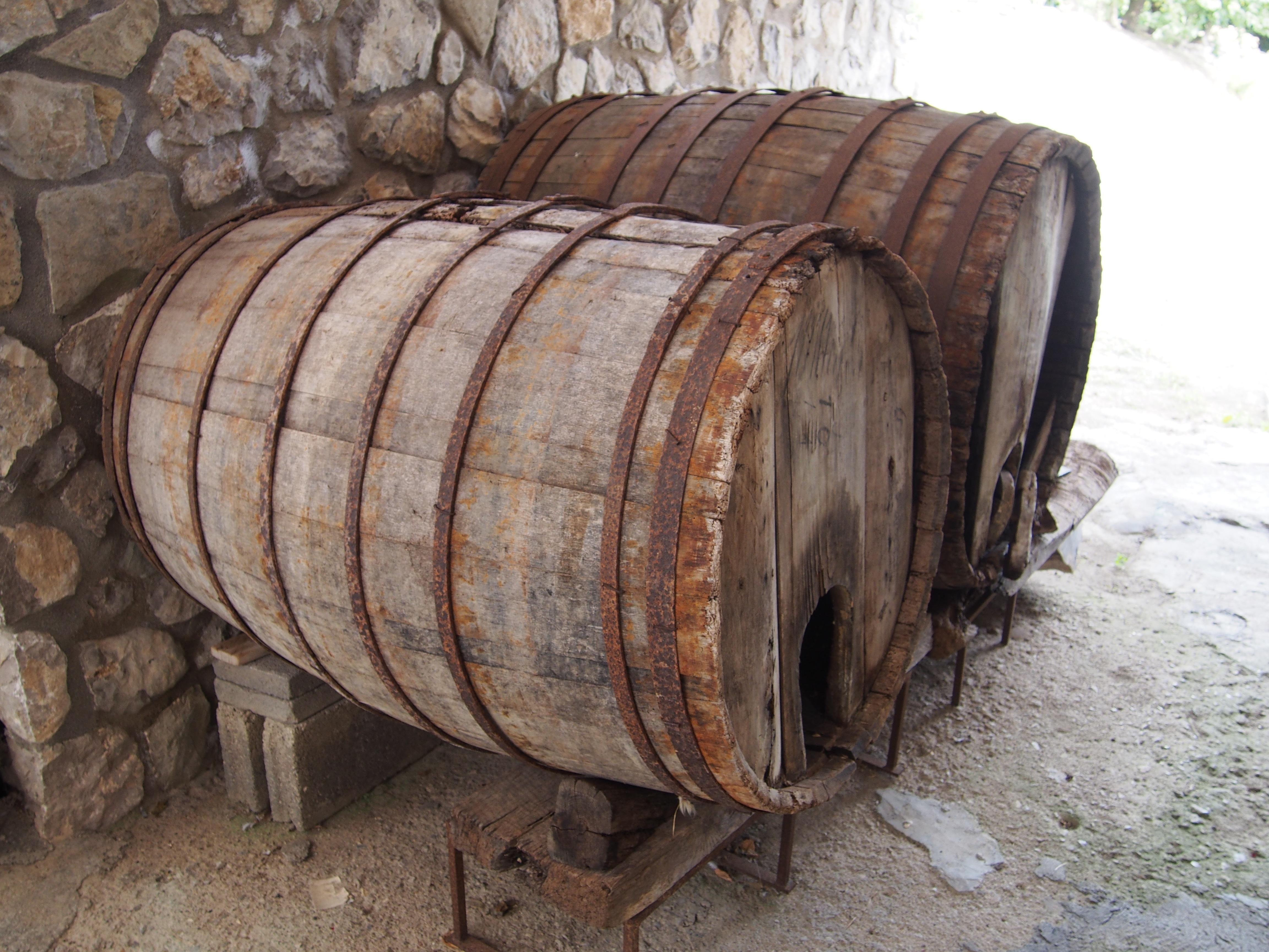Wood Wine Old Drum Barrel Storage Wooden Barrels Man Made Object Skin Head  Percussion Instrument Storage