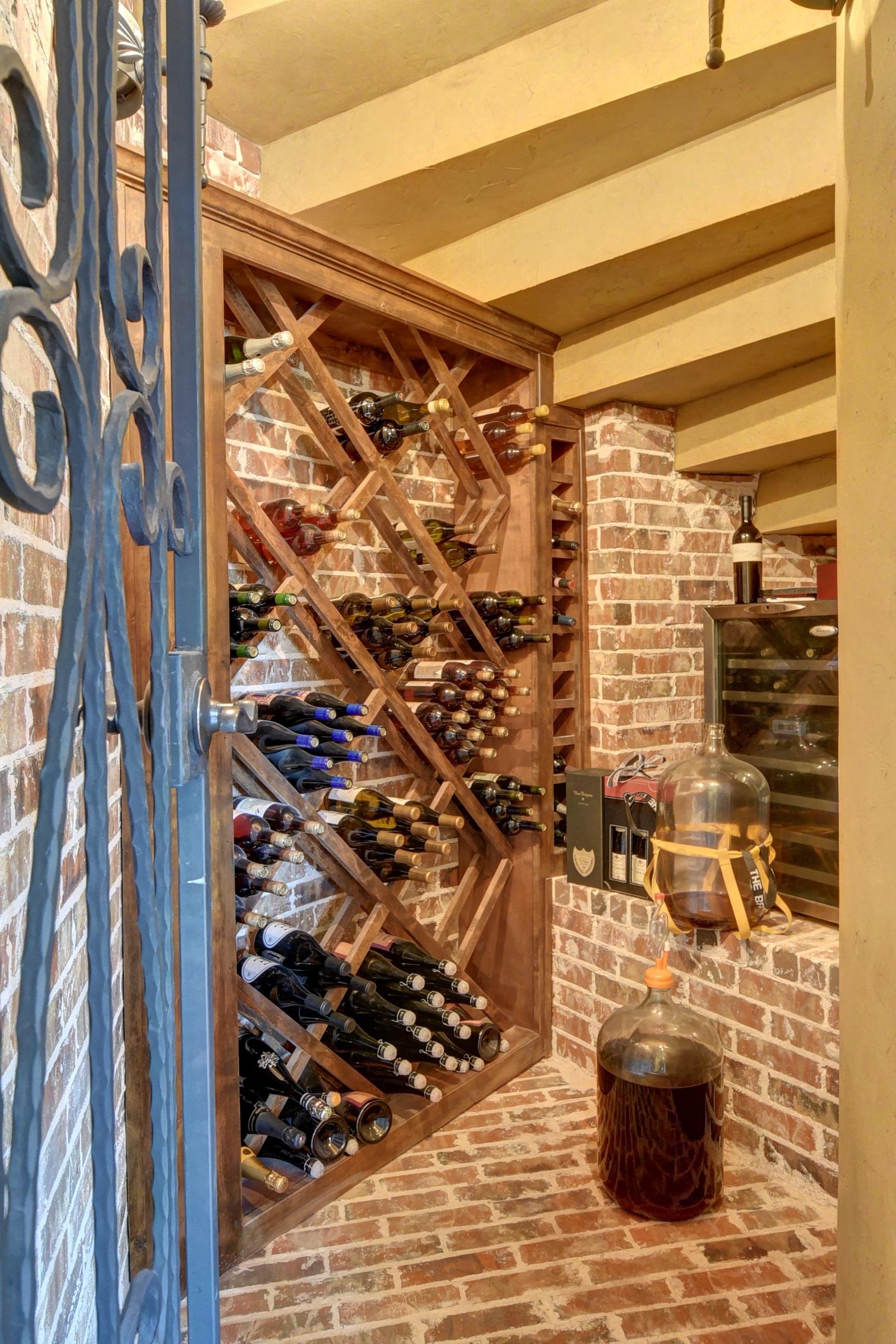 Kostenlose foto : Holz, Wein, Mauer, Getränk, Zimmer ...