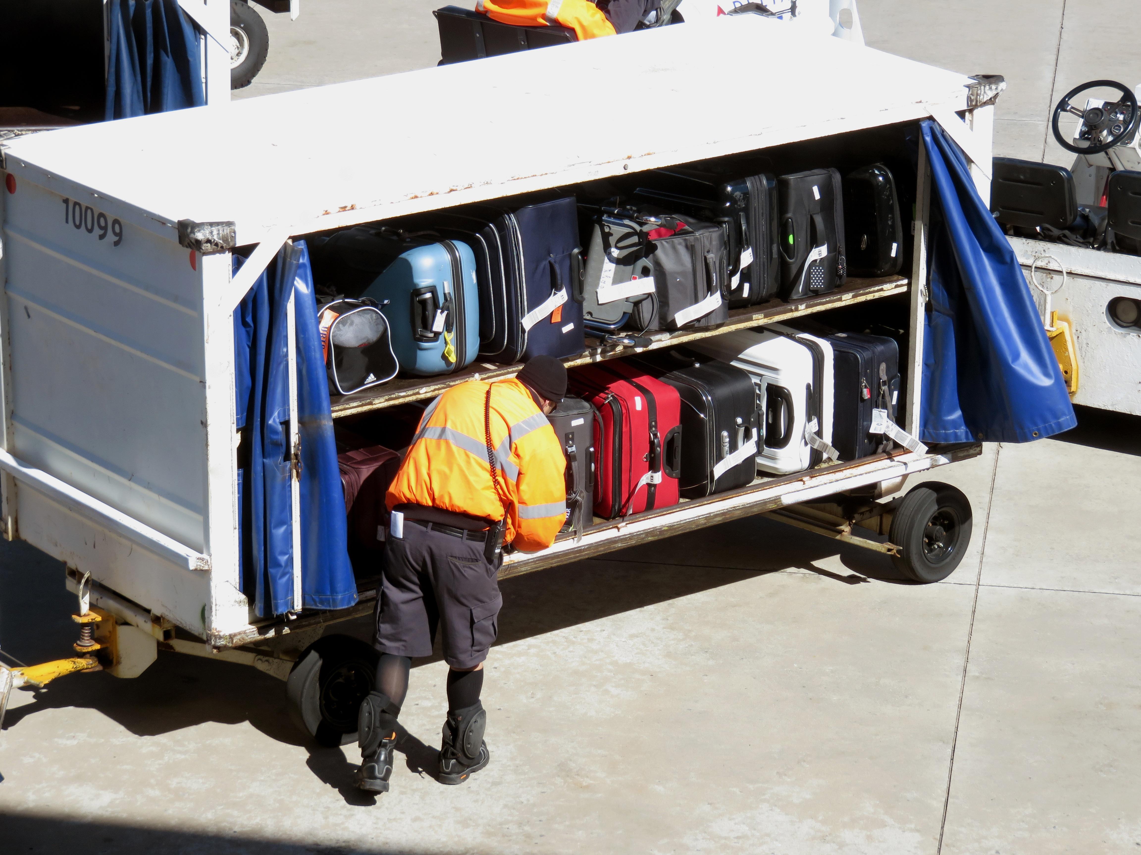 Gambar Kerja Mobil Gerobak Bandara Liburan Perjalanan