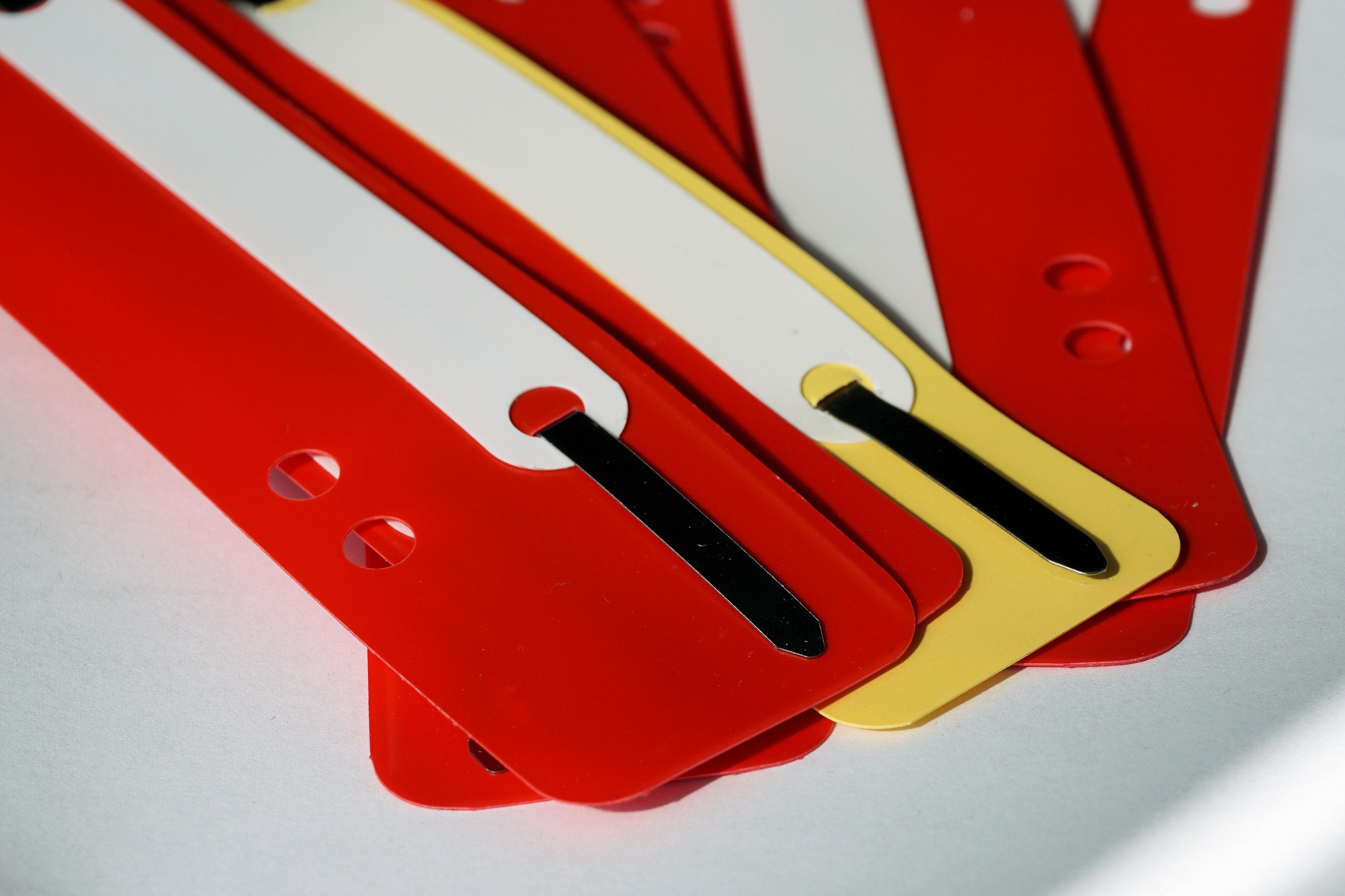 Arbeit Fallen Nummer Rot Farbe Büro Stapel Papier  Schriftart Illustration  Machen Dateien Binden Heften Verordnung