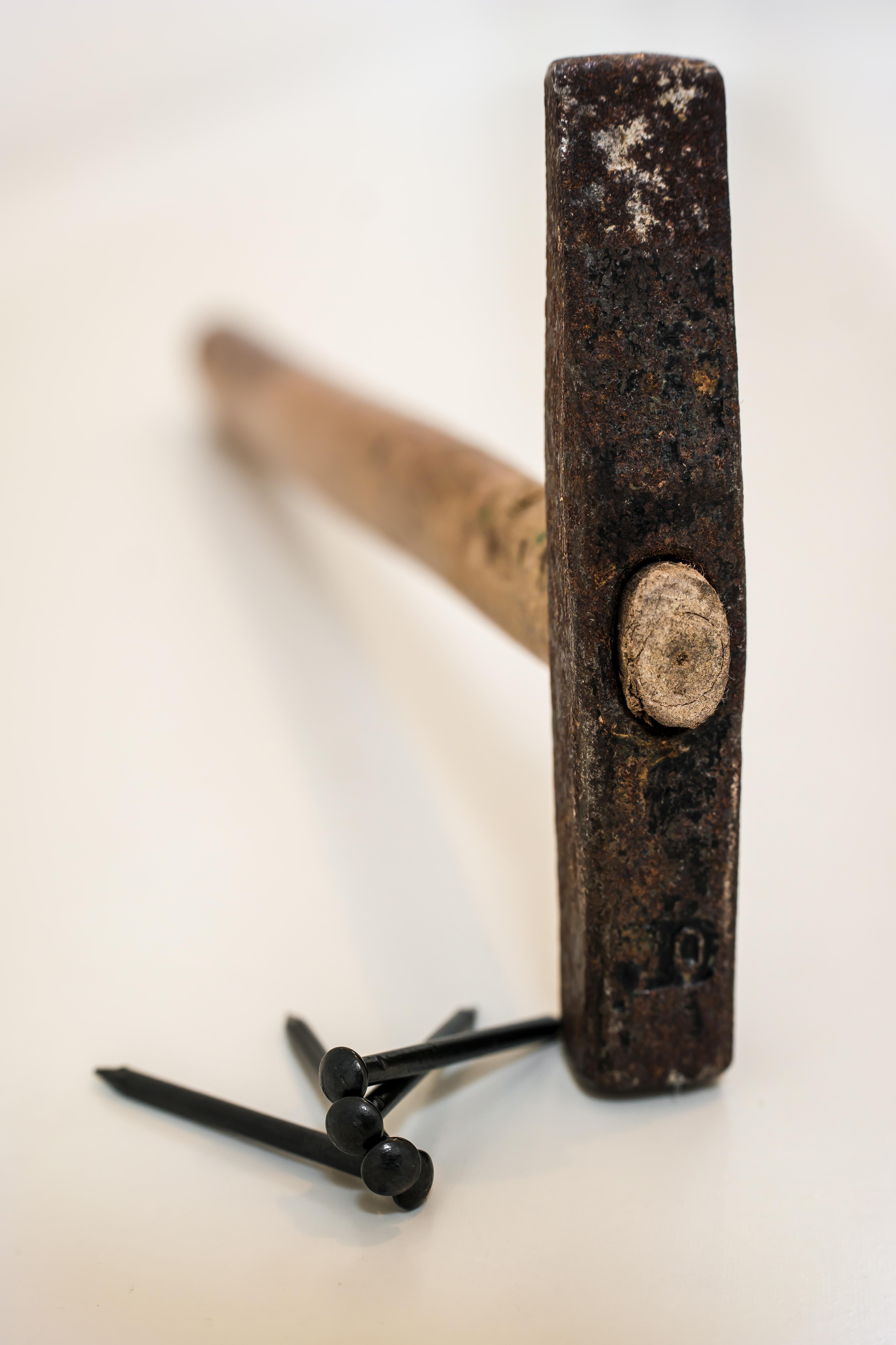 Fotos gratis : trabajo, mano, madera, herramienta, martillo, metal ...