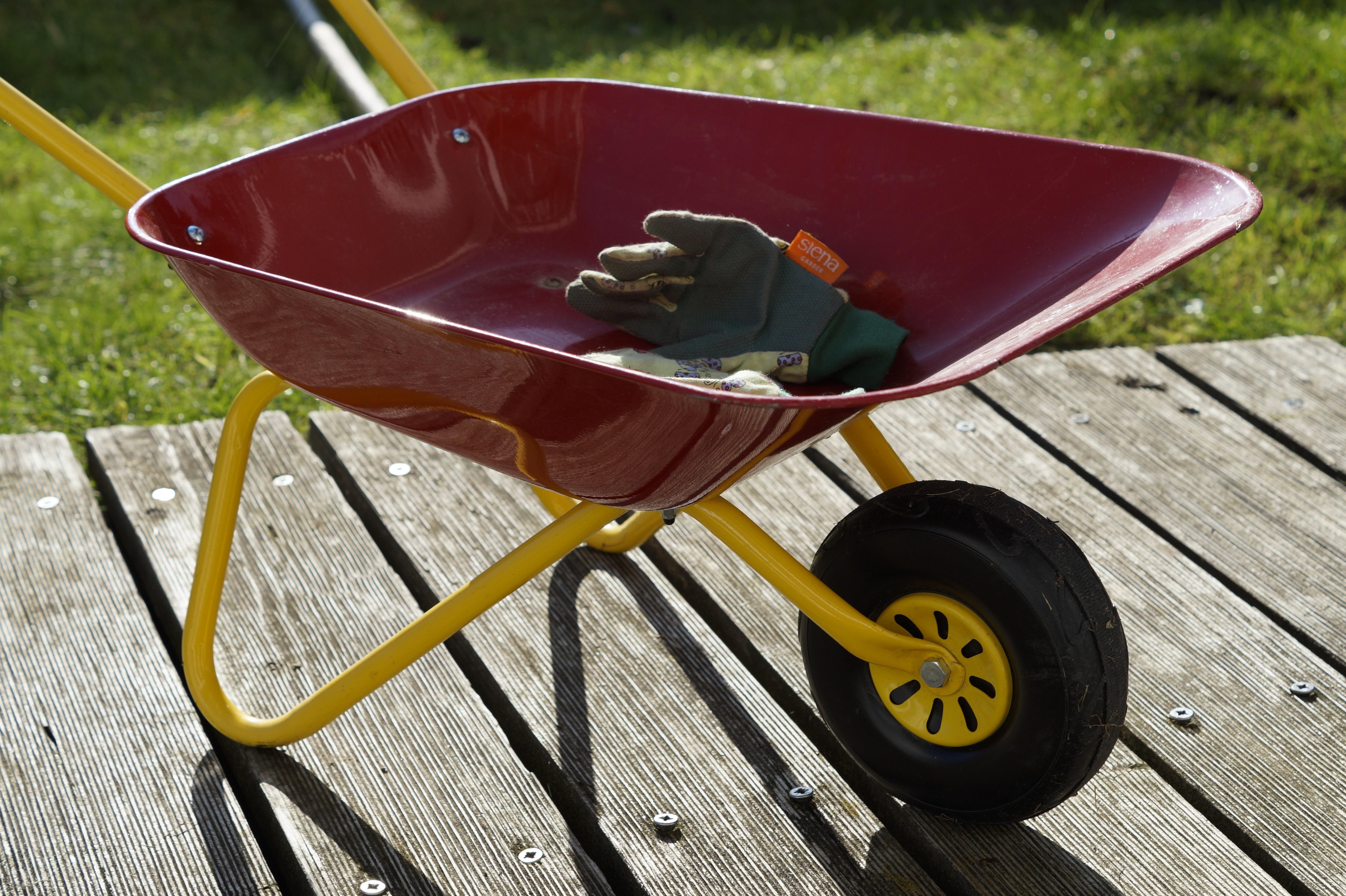 Images Gratuites Pelouse Roue Chariot Outil V Hicule