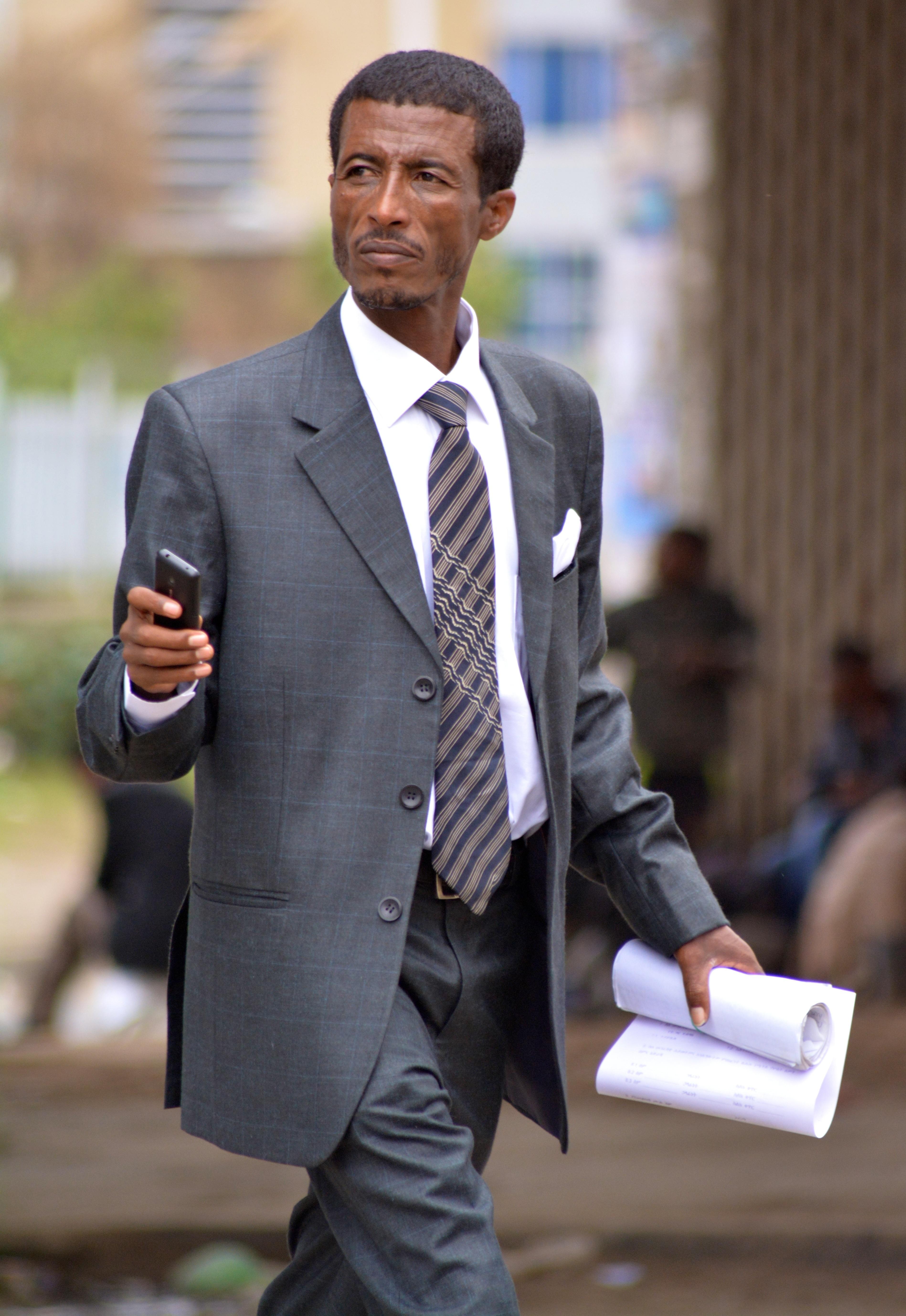 Beau Costume Homme dedans images gratuites : travail, la personne, costume, mâle, printemps