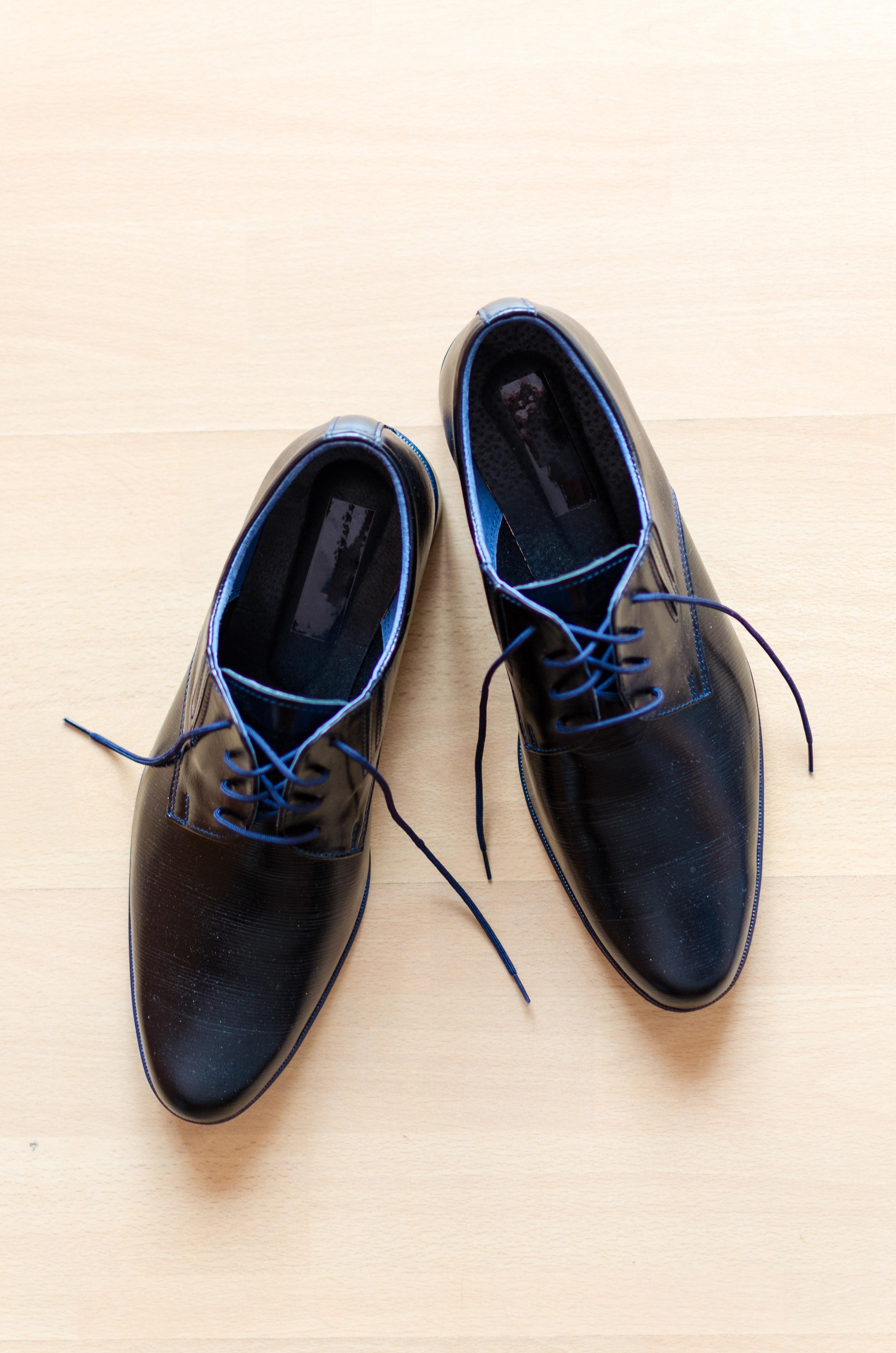 c4bf59eb778da ... chaussure, blanc, cuir, cru, Matin, mâle, pied, dentelle, marron,  couple, Entreprise, Vêtements, objet, noir, mode de vie, mariage, moderne,  lacet, ...
