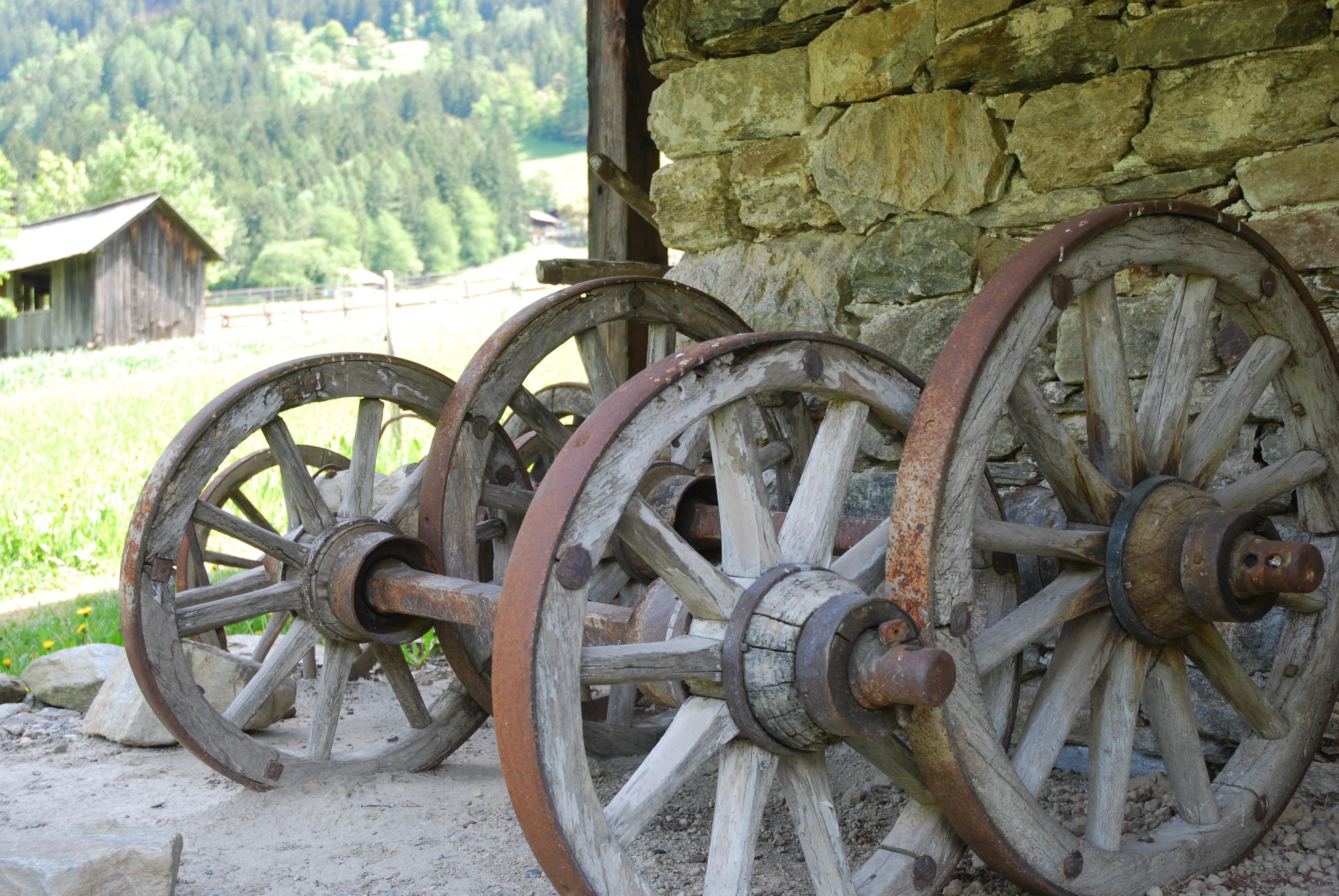 Древние бронзовые гвоздики картинки историю
