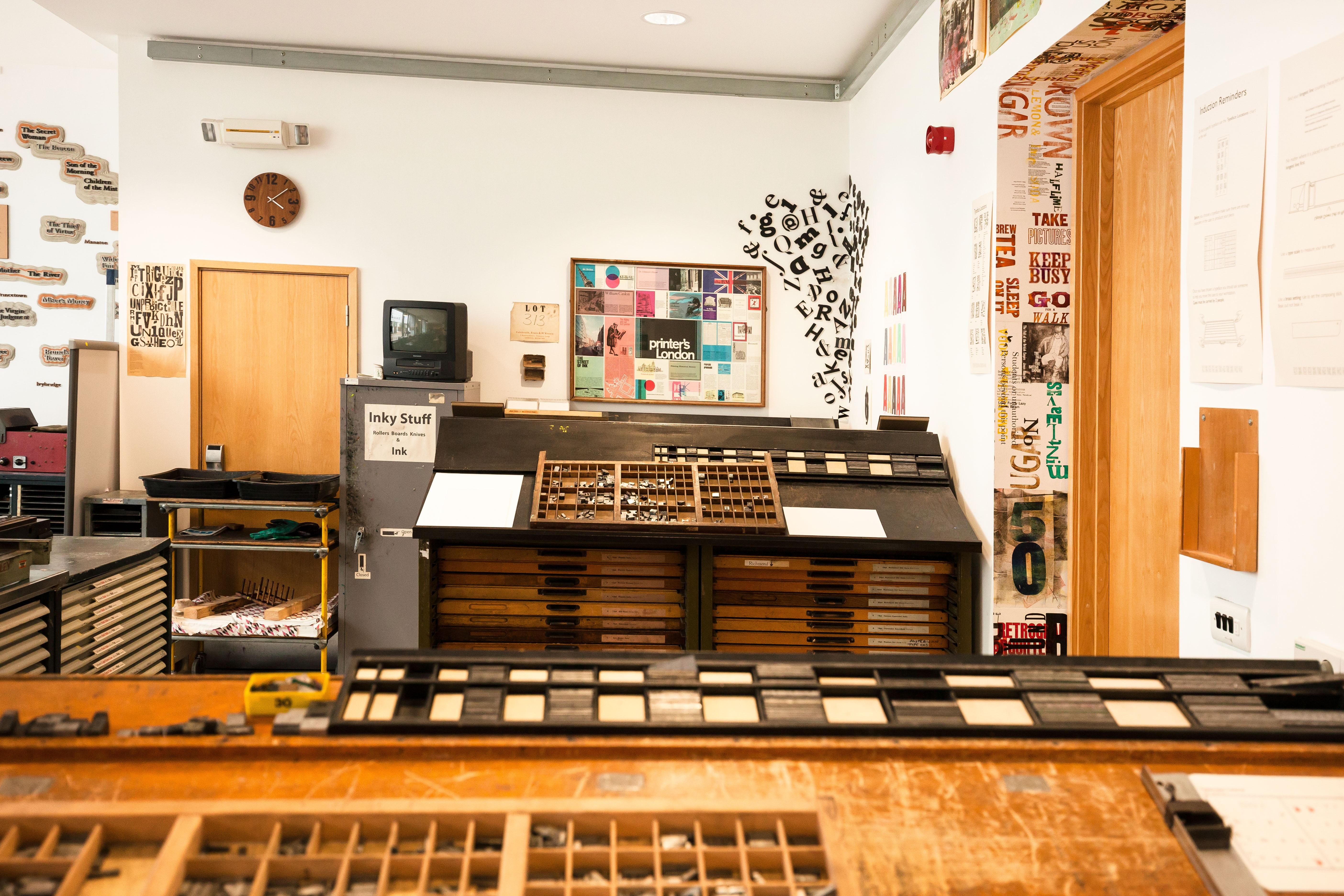 Fotos gratis taller estudio diseo de interiores fuente letras
