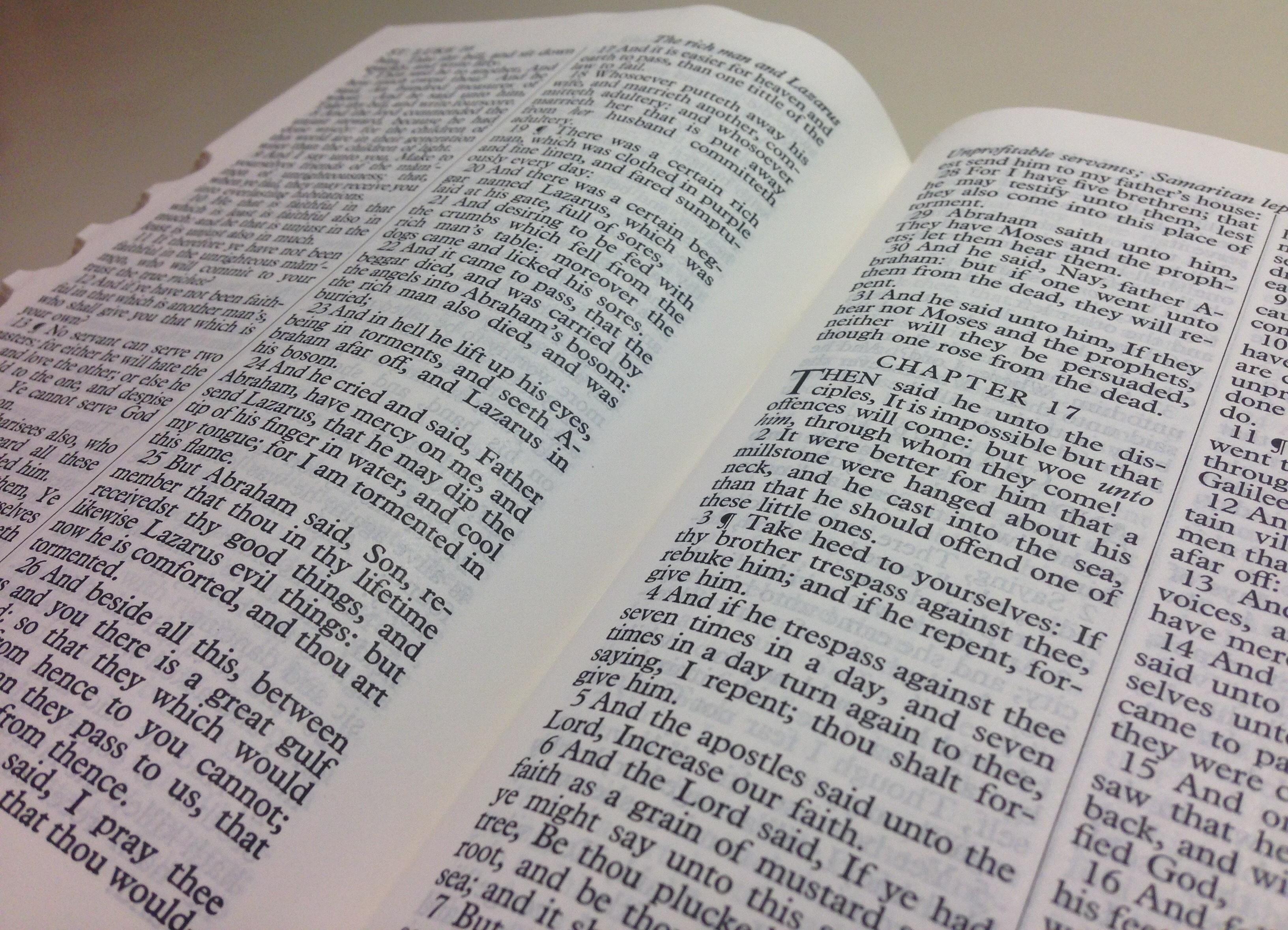 Fotos gratis : escritura, libro, periódico, religión, Iglesia ...