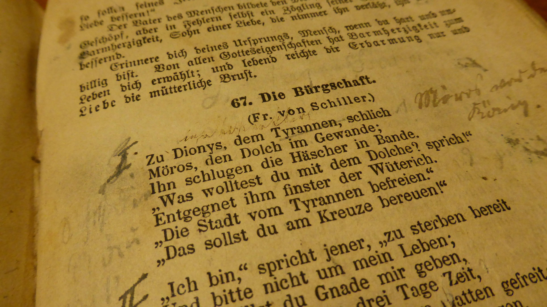 Kostenlose foto : Schreiben, lesen, altes Buch, Lehrbuch, Schriftart ...