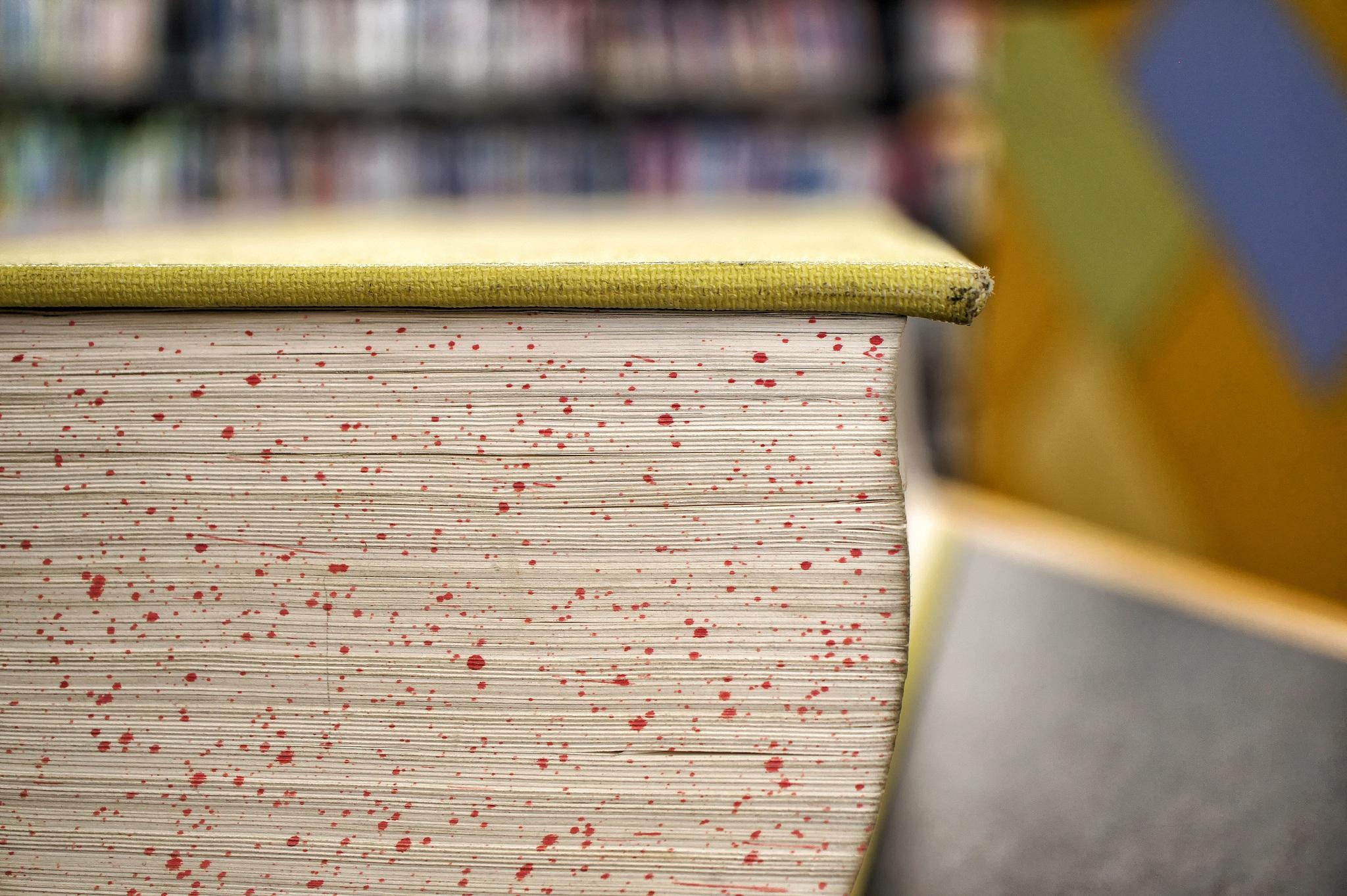 Fotos gratis : escritura, leer, abierto, madera, número, pared ...