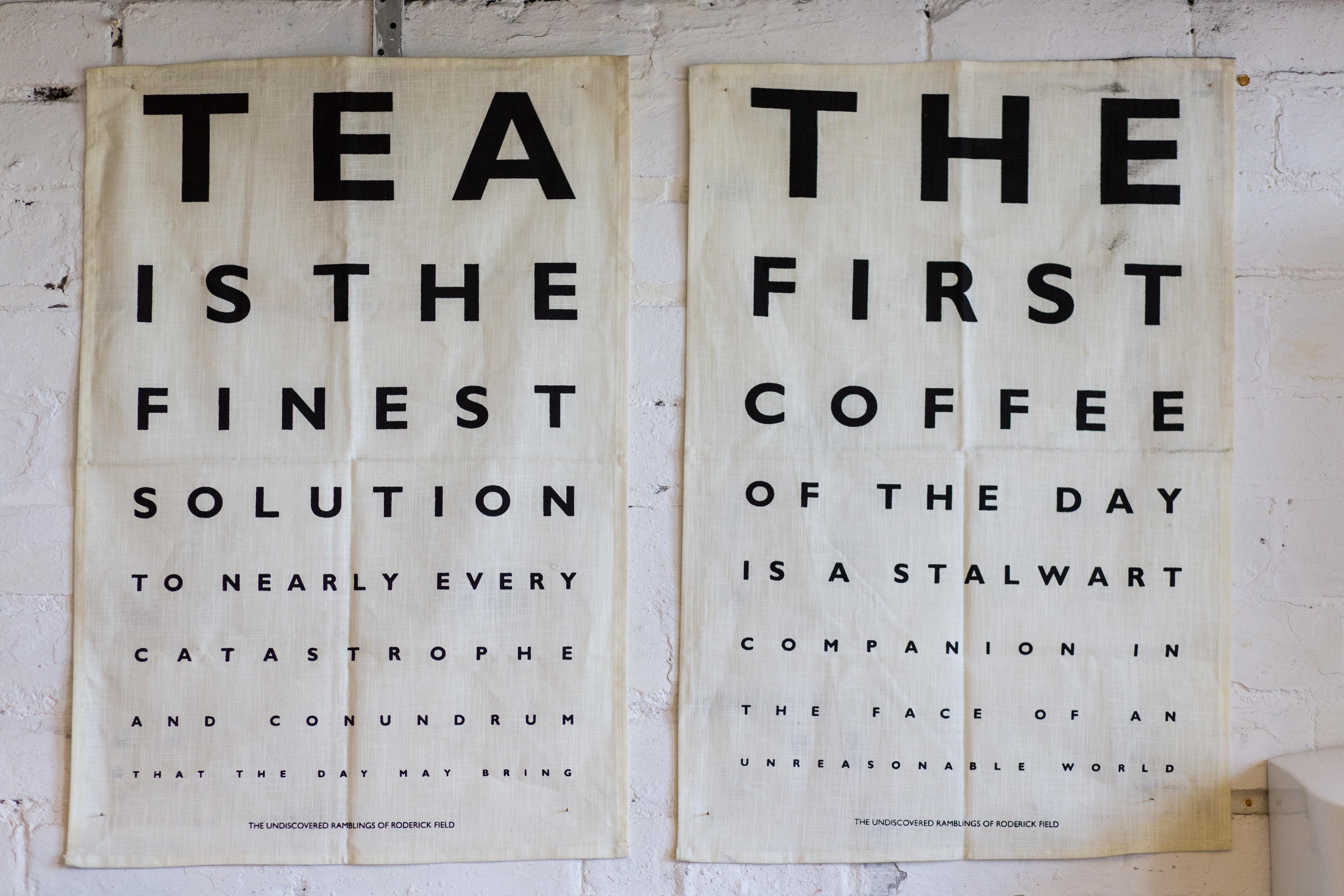 Fotos gratis : escritura, café, tablero, té, número, fuente, Ojos ...