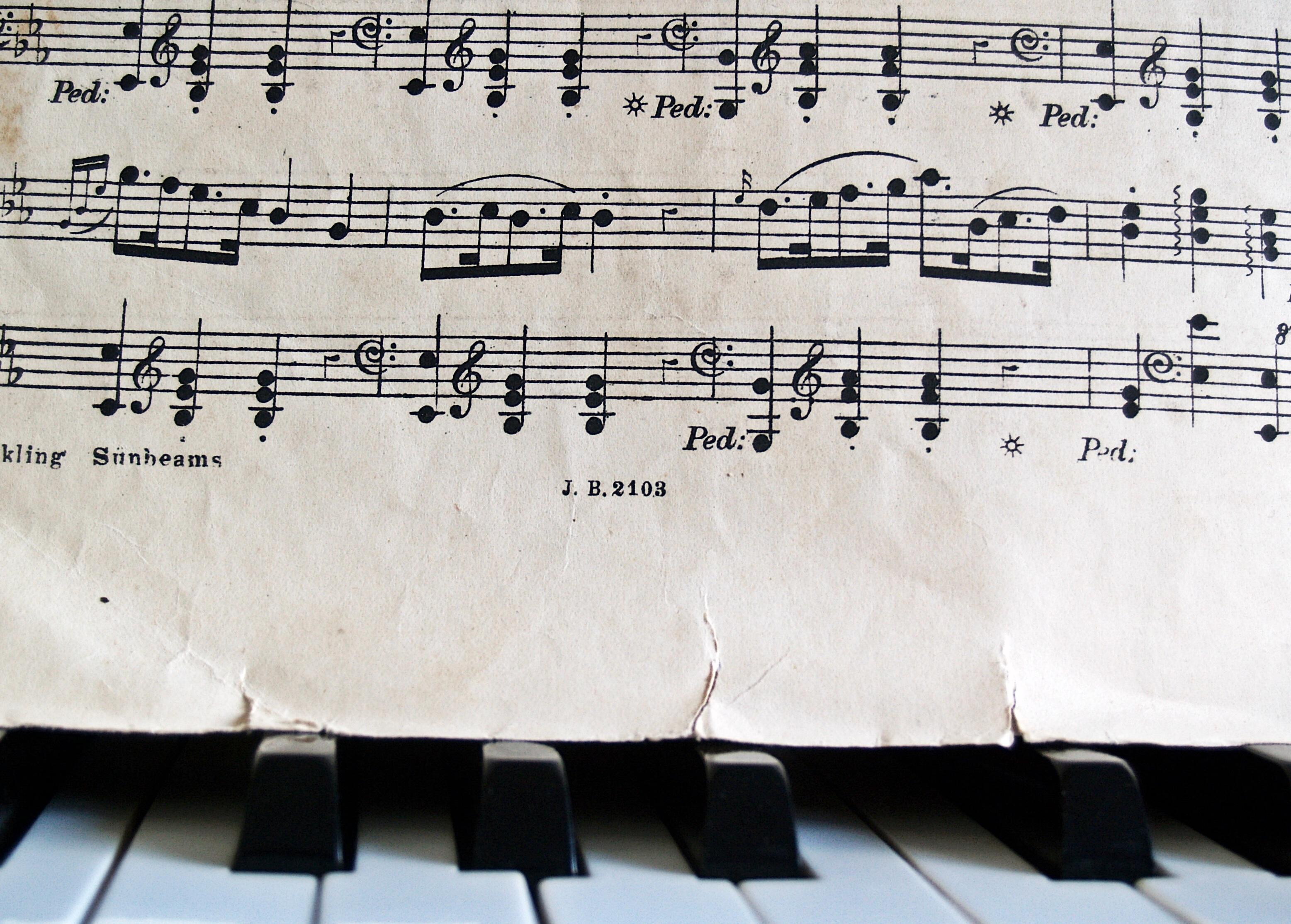 Immagini belle scrittura bianca antico vecchio linea for Strumento online gratuito piano piano