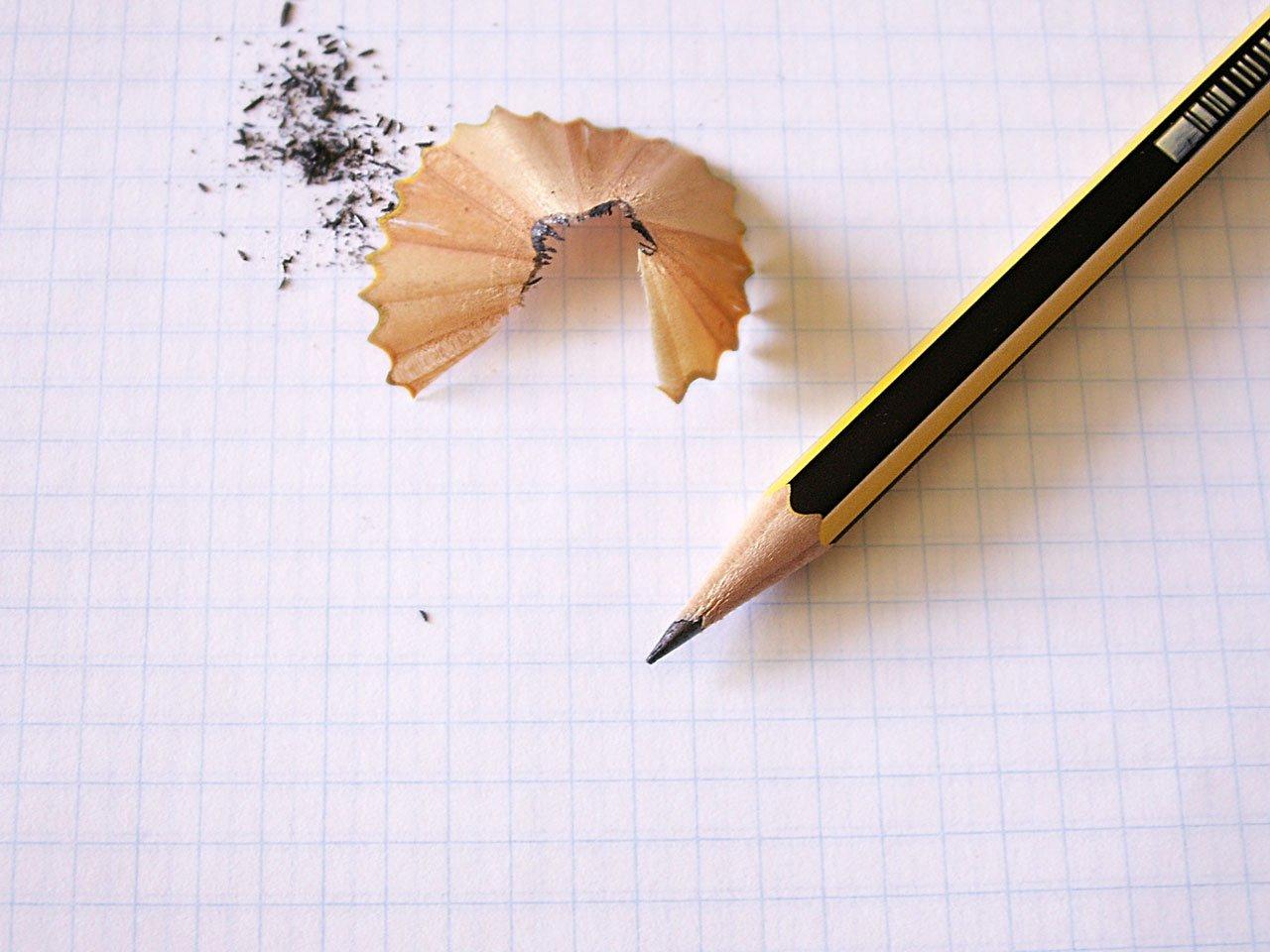 Фото карандаш на бумаге
