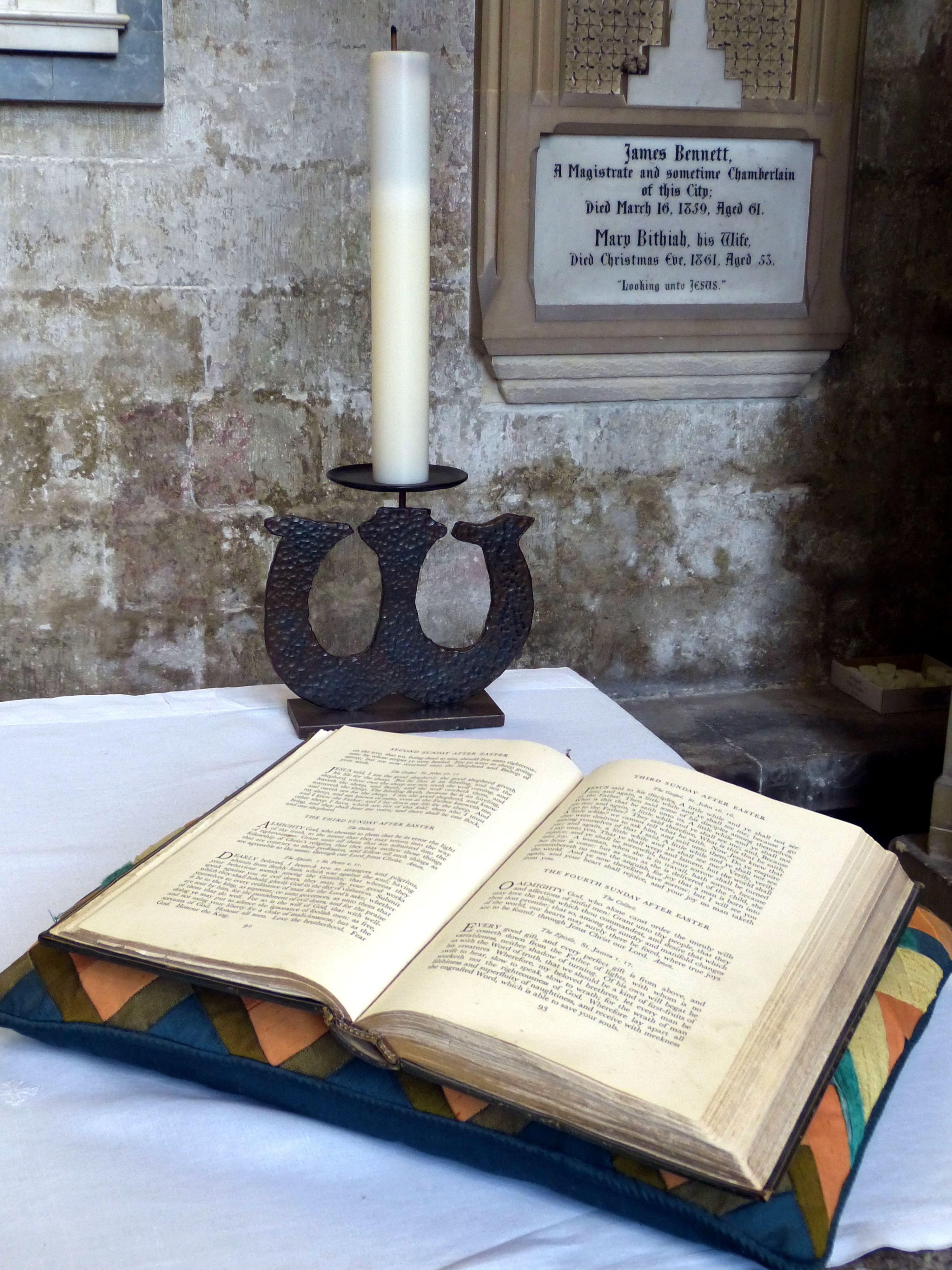 Kostenlose foto : Schreiben, Holz, Religion, Kirche, Christian ...