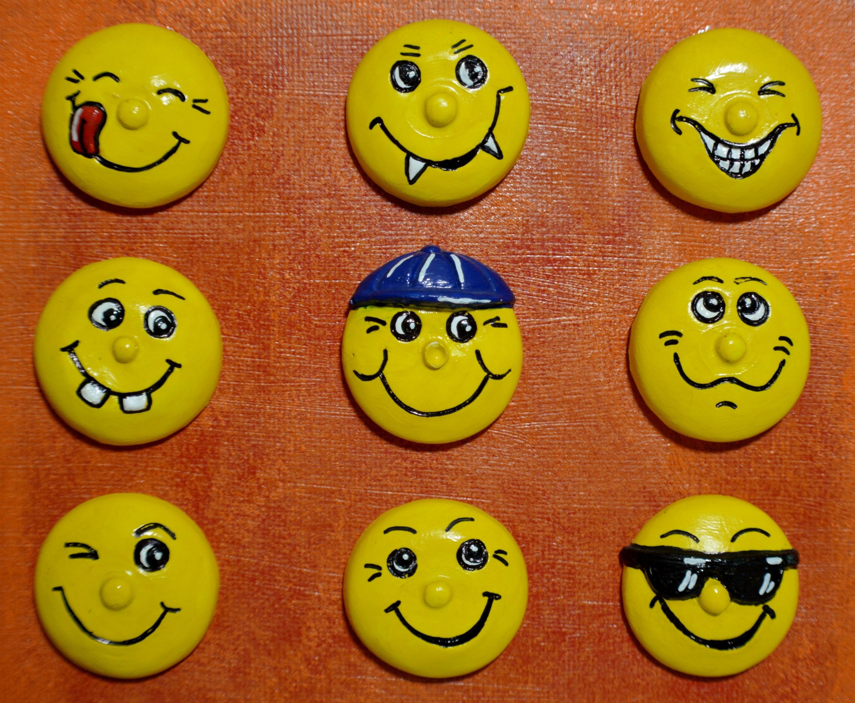 Gambar Kuning Tertawa Lucu Icon Tersenyum Emoticon