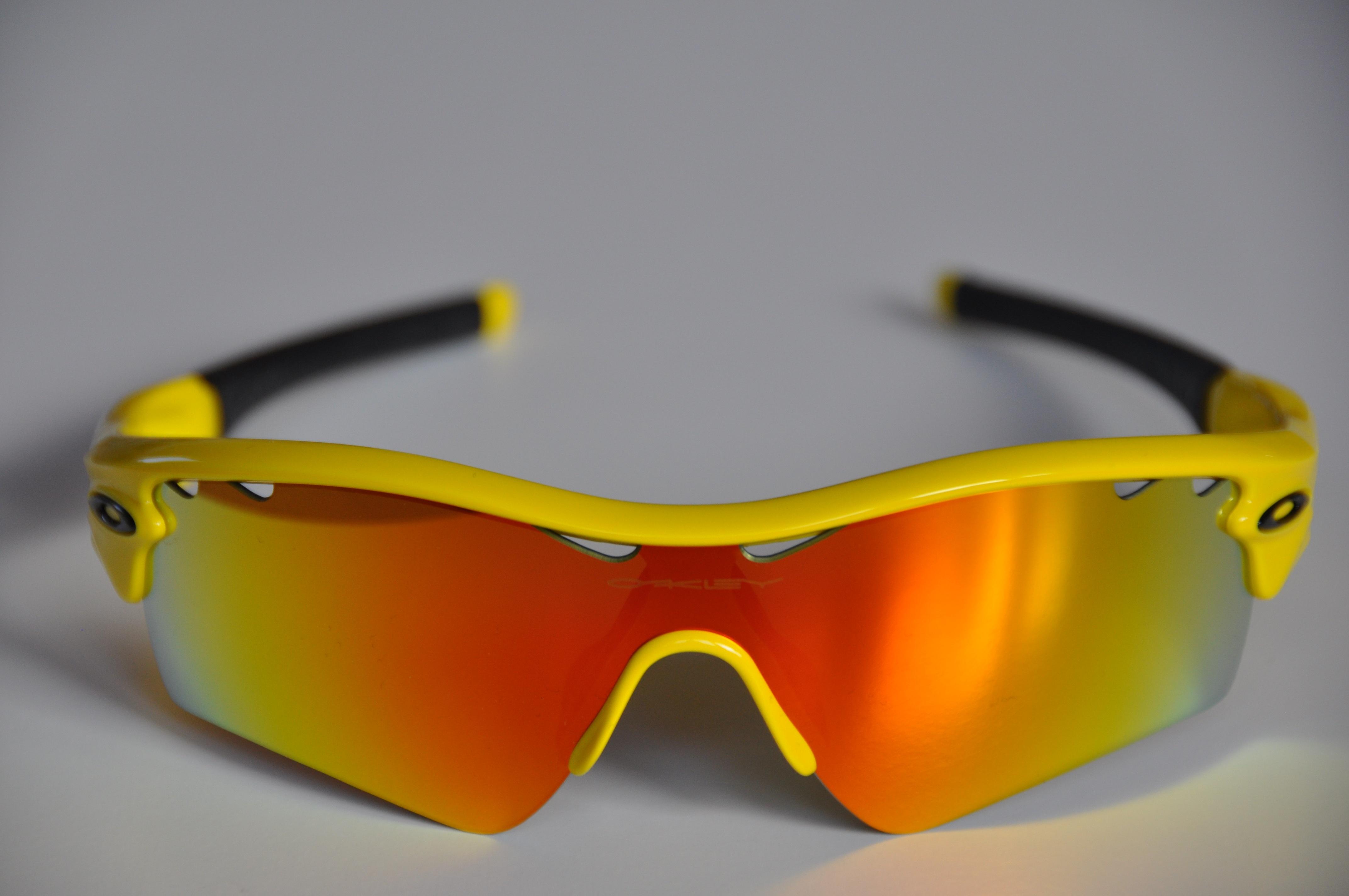 fotos gratis amarillo tour de francia gafas de sol gafas de protecci n radar oakley. Black Bedroom Furniture Sets. Home Design Ideas