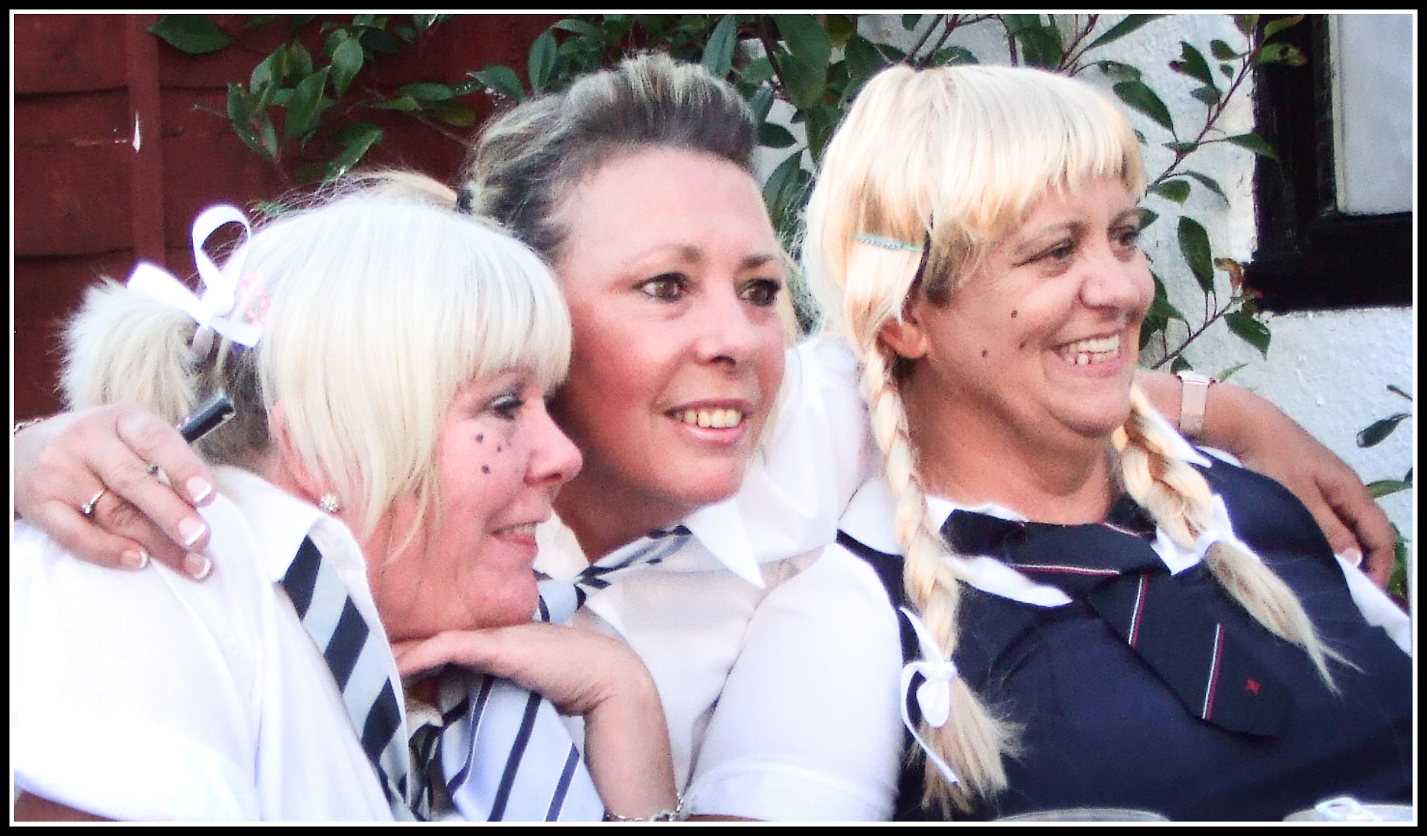 Kostenlose foto : Jugend, Krawatte, Mädchen, Party, Uniform ...